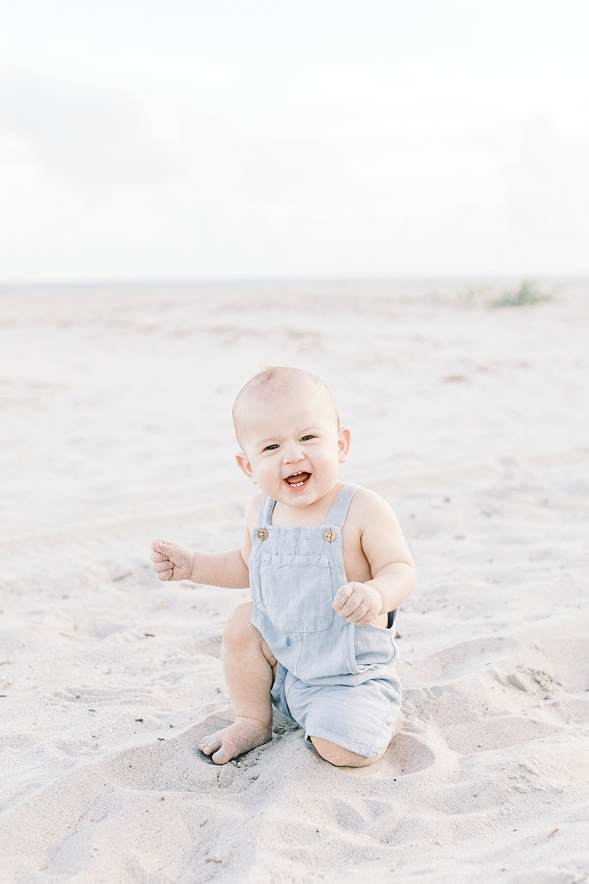 First-birthday-photoshoot-Isle-of-Palms-caitlyn-motycka-photography_0011