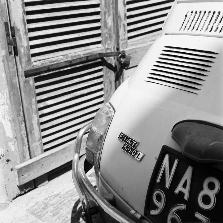 black and white photo of fiat 500