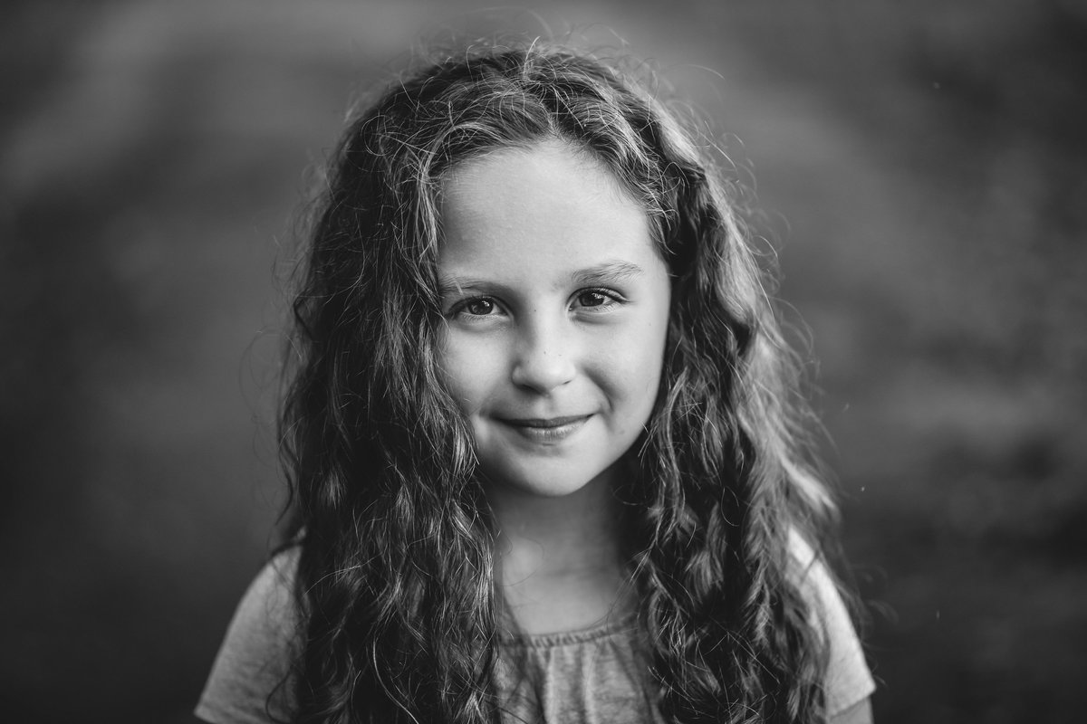 portrait girl child photographer Bend Oregon portrait photographer 1