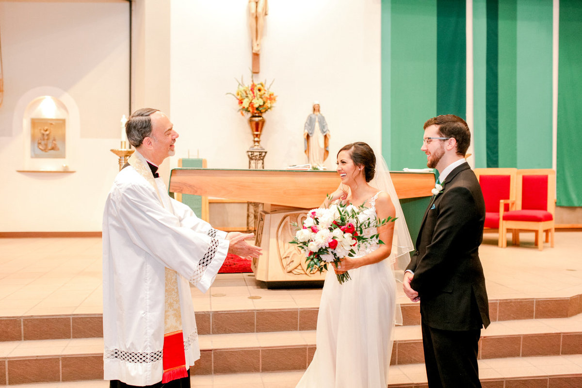 Albuquerque Wedding Photographer_Our Lady of the Annunciation Parish_www.tylerbrooke.com_027