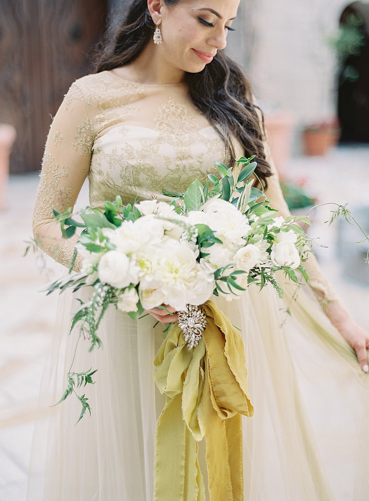 Posh Peony Mission Inn Lush Gray and Gold Greenery Wedding Flowers_0009