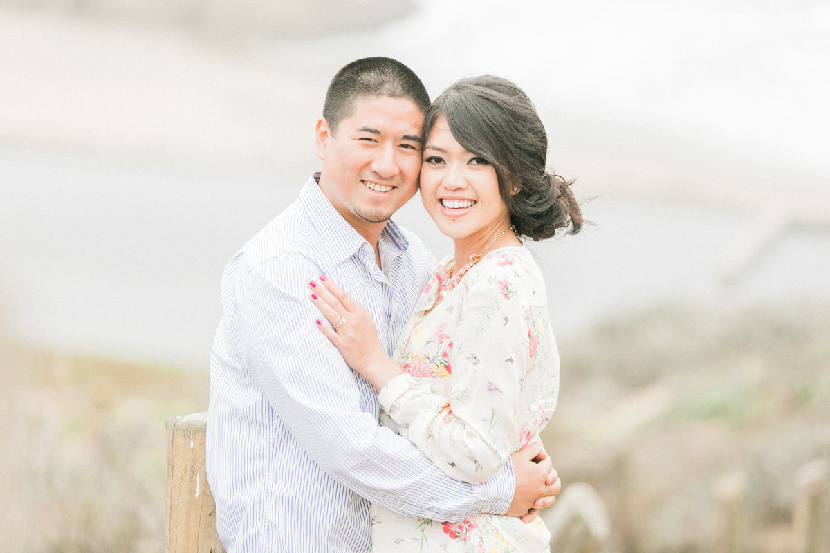 023_foggy-California-coast-engagement-photo
