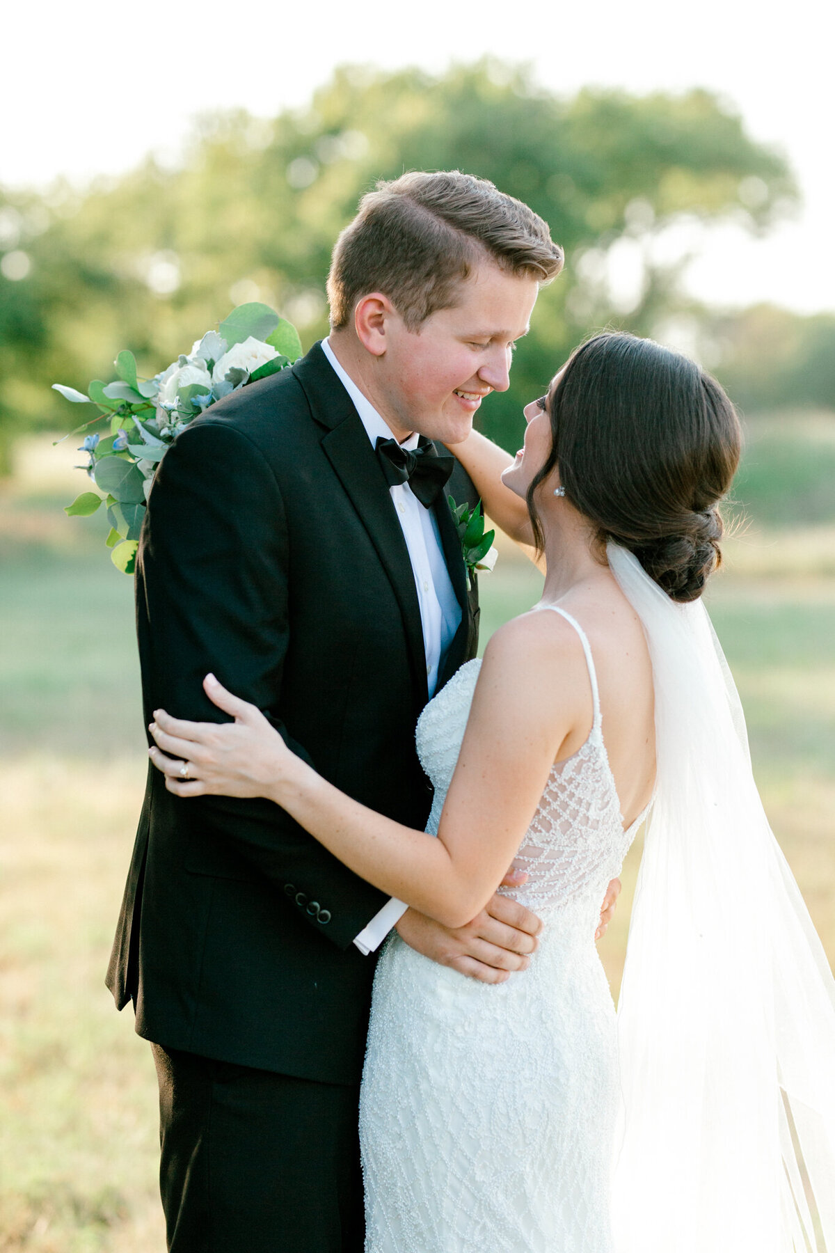 Anna & Billy's Wedding at The Nest at Ruth Farms | Dallas Wedding Photographer | Sami Kathryn Photography-163