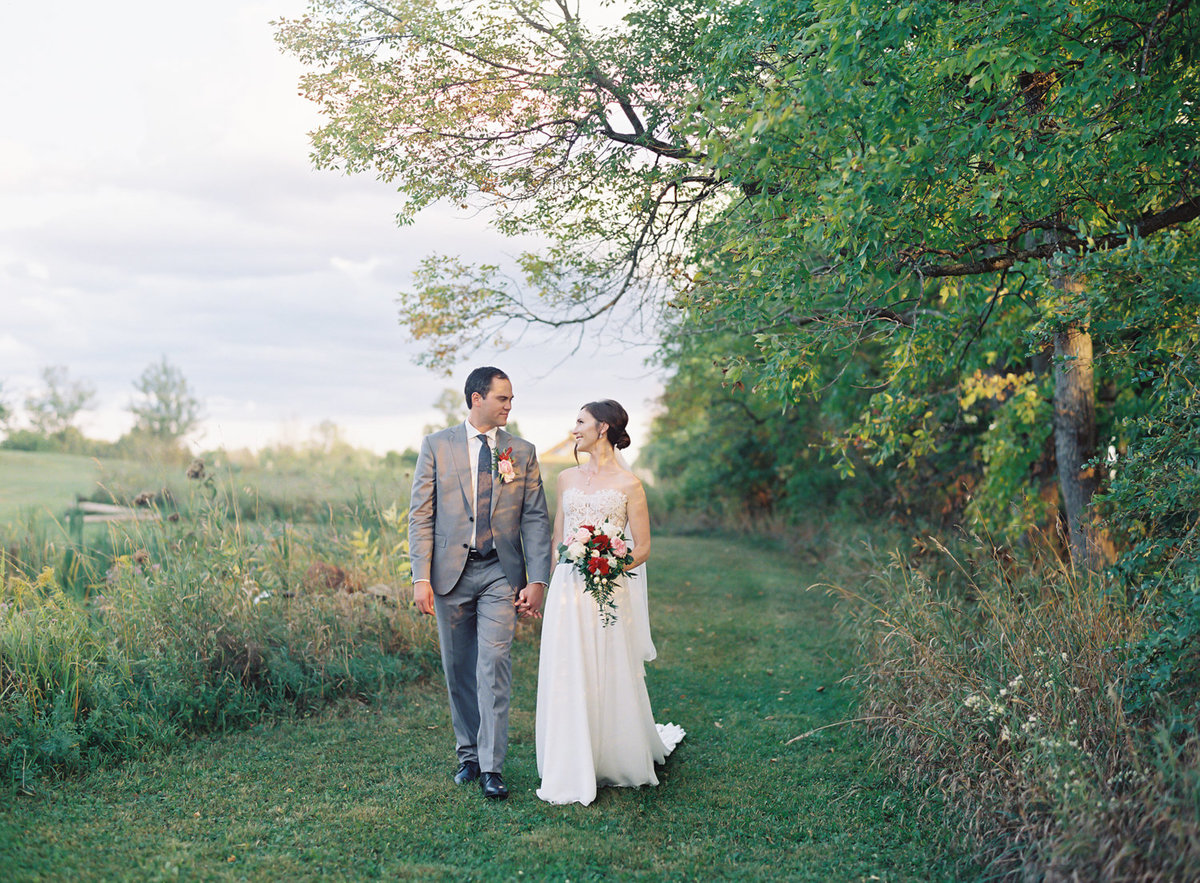 Jacqueline Anne Photography - Ottawa vineyard wedding-13