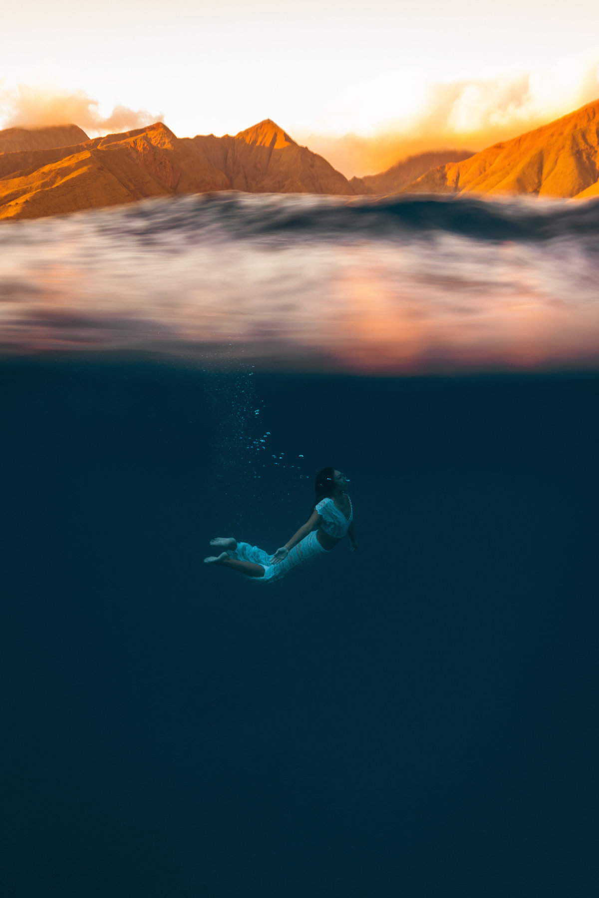 Underwater Trash the Dress Portraits-47