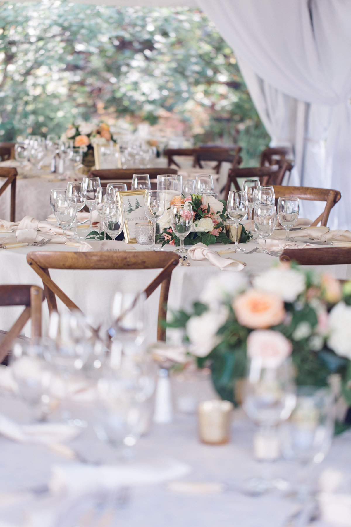 Detail image of peach wedding reception at Castle Pines Golf Club
