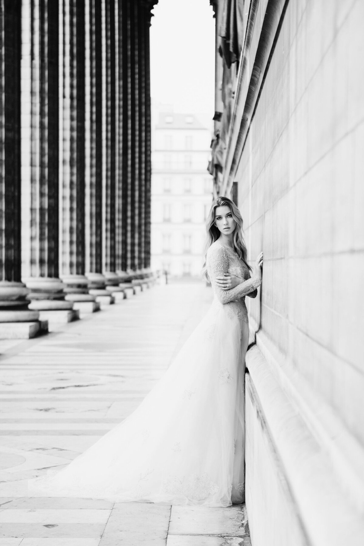 Katie Mitchell, Monique Lhuillier Bridal Paris France Wedding Trine Juel Hair and makeup 14