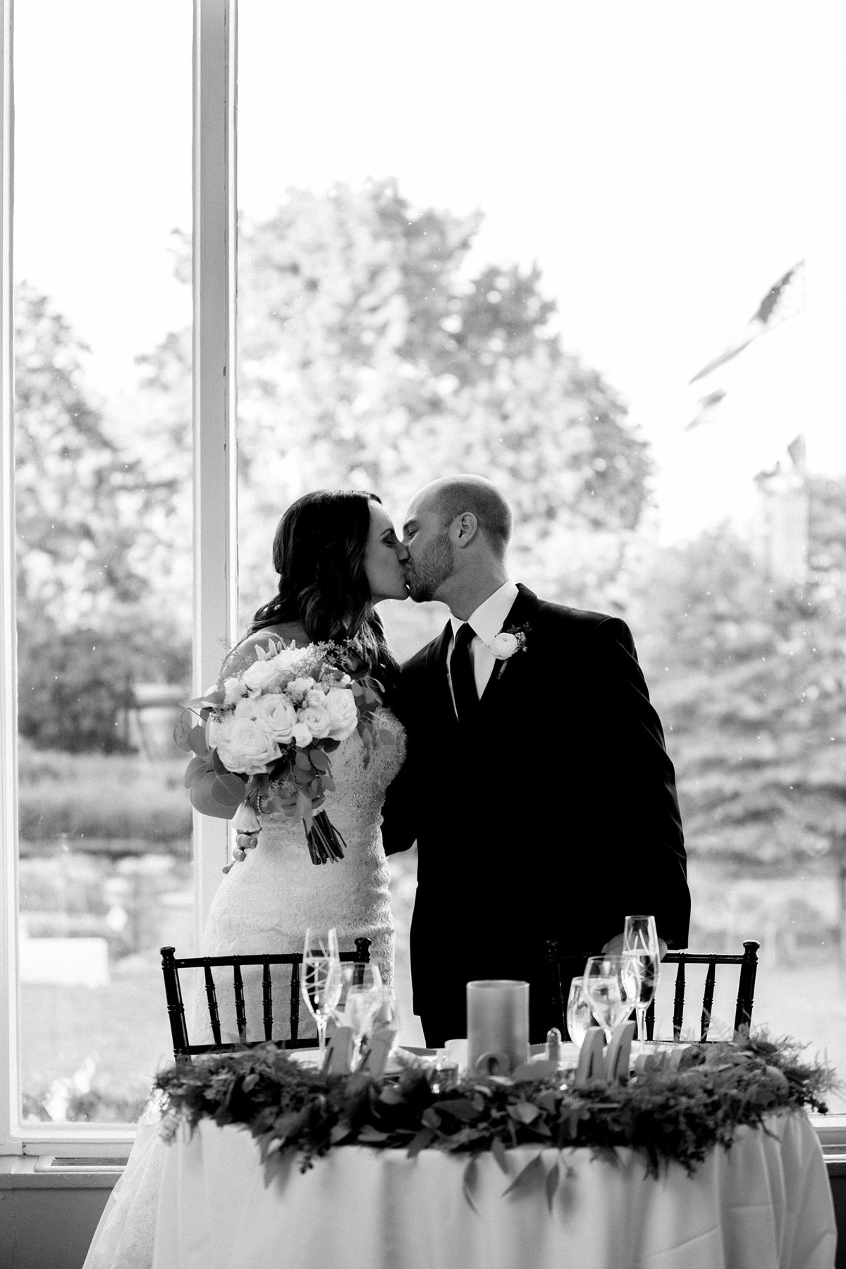 Shuster-Wedding-Grosse-Pointe-War-Memorial-Breanne-Rochelle-Photography144