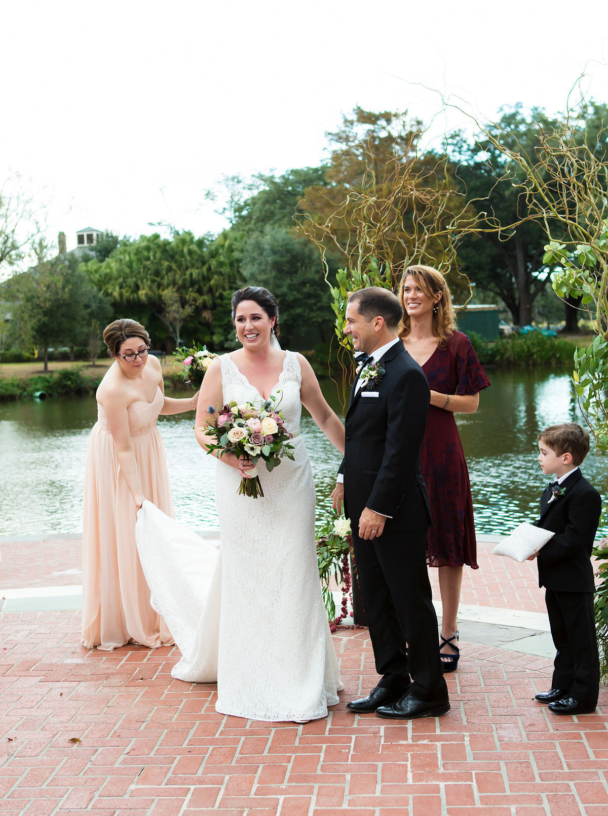 introduction of the newly married NOLA couple in Audubon Park