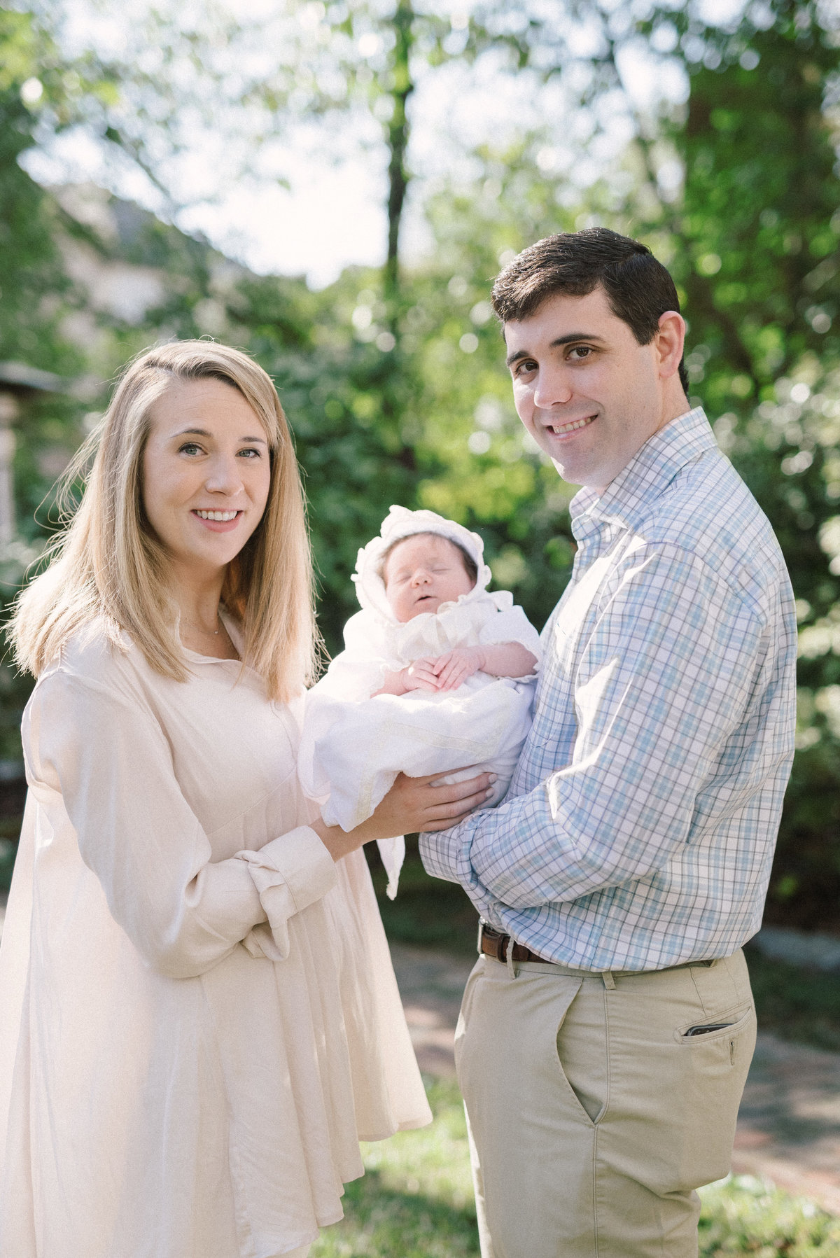 Beautiful Mountain Brook family newborn session photos in Alabama