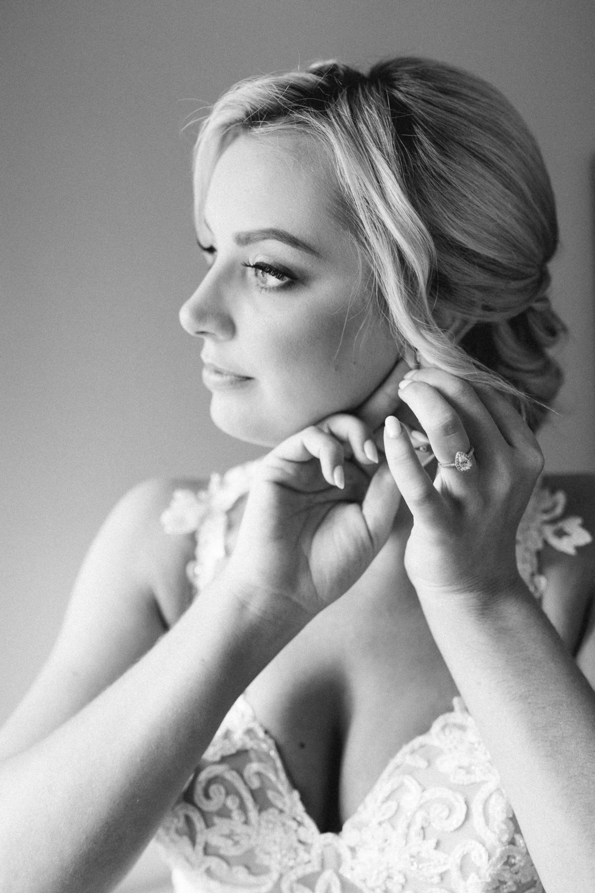 Fine art B&W bridal portrait