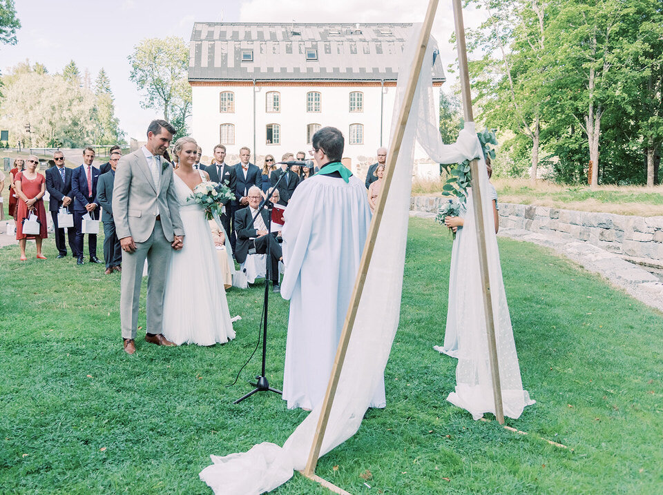wedding photographer stockholm helloalora_outdoor ceremony_012