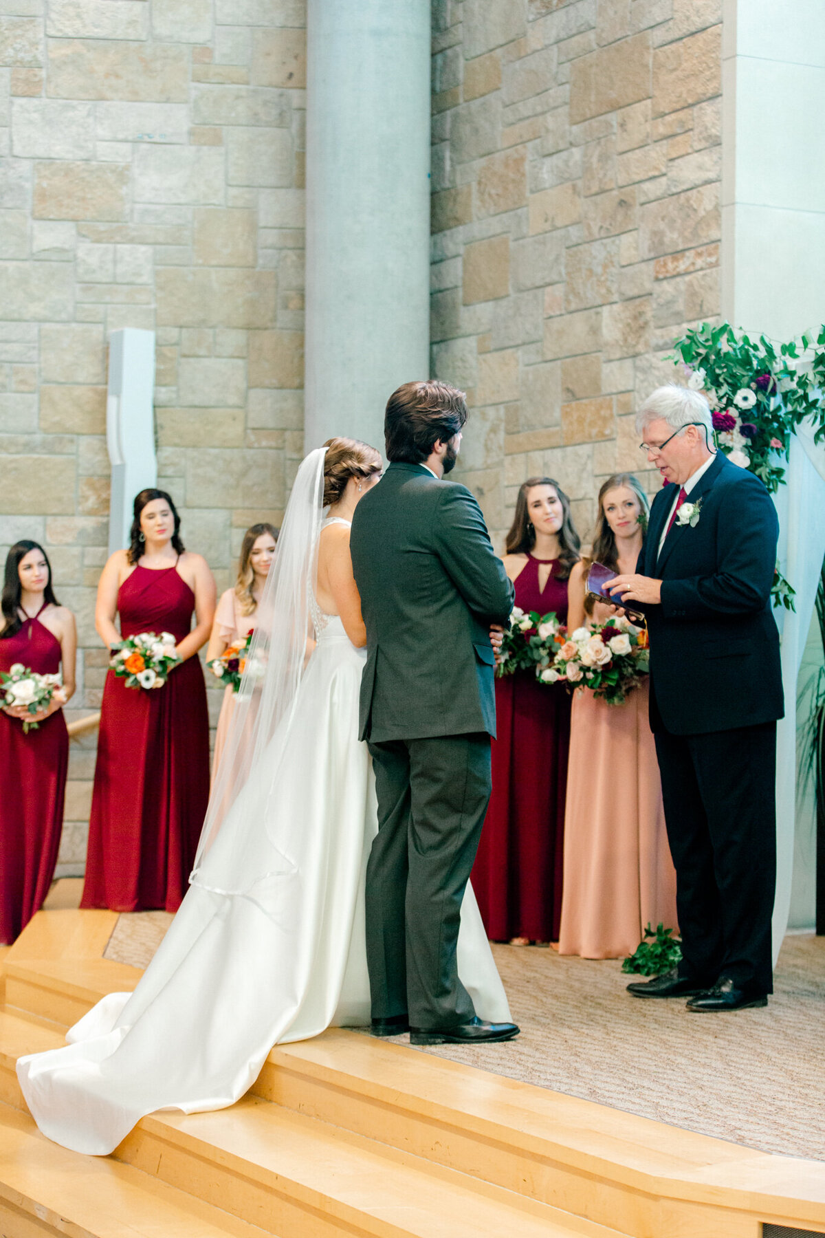 Kaylee & Michael's Wedding at Watermark Community Church | Dallas Wedding Photographer | Sami Kathryn Photography-107