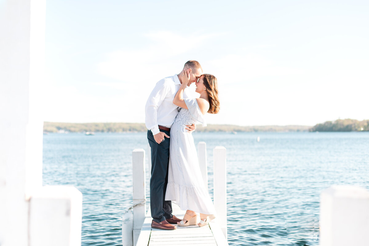 Lake Geneva Engagement Photographer 110573