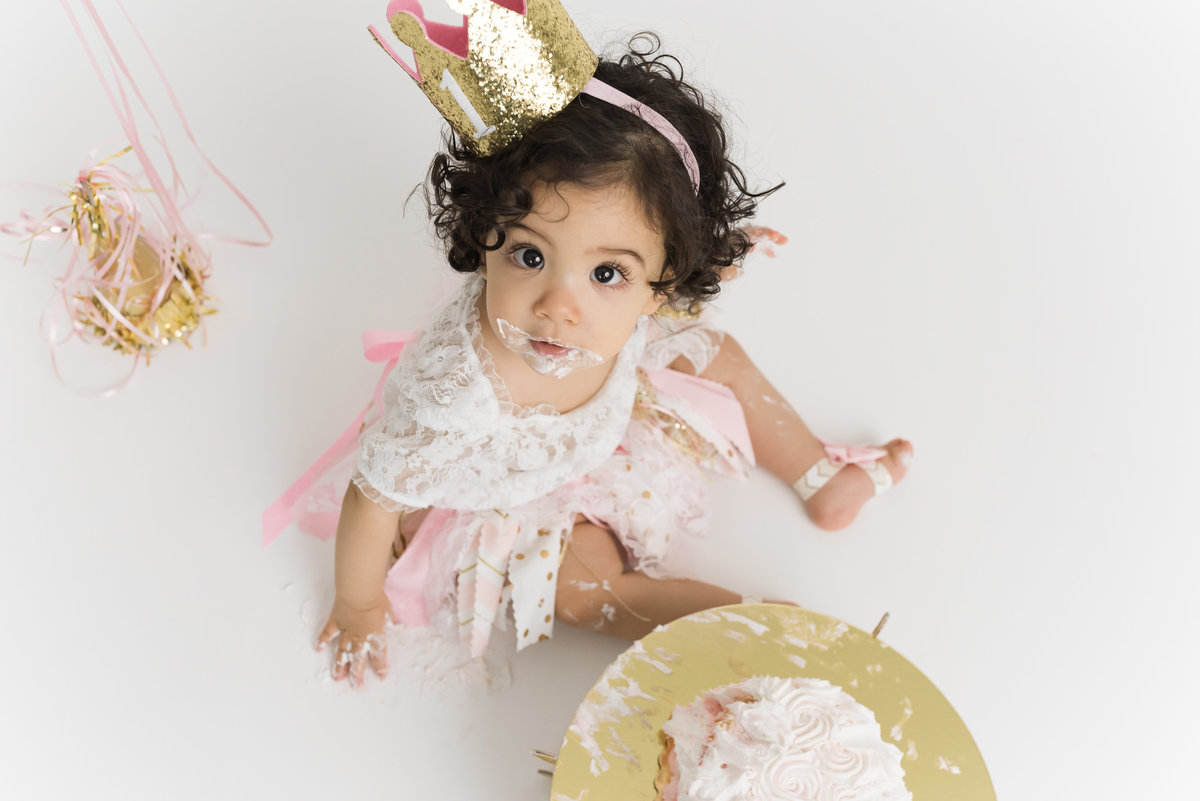Orange County Laura + Brad Newborn Family Wedding Maternity Photographer cake smash