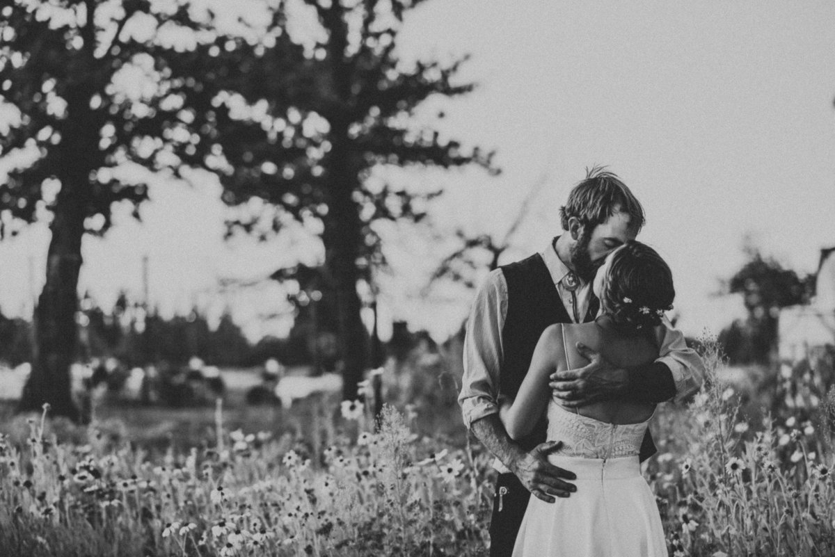 meredith_sands_wedding_photographer_bend_oregon-3