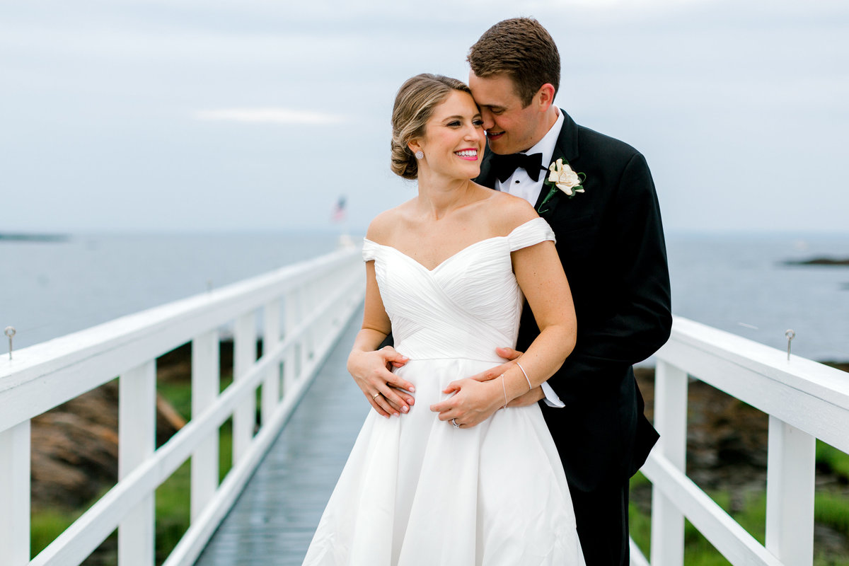 Shenorock-Shore-Club-Sunset-Bride-Groom-Wedding-Photo-Jessica-Haley