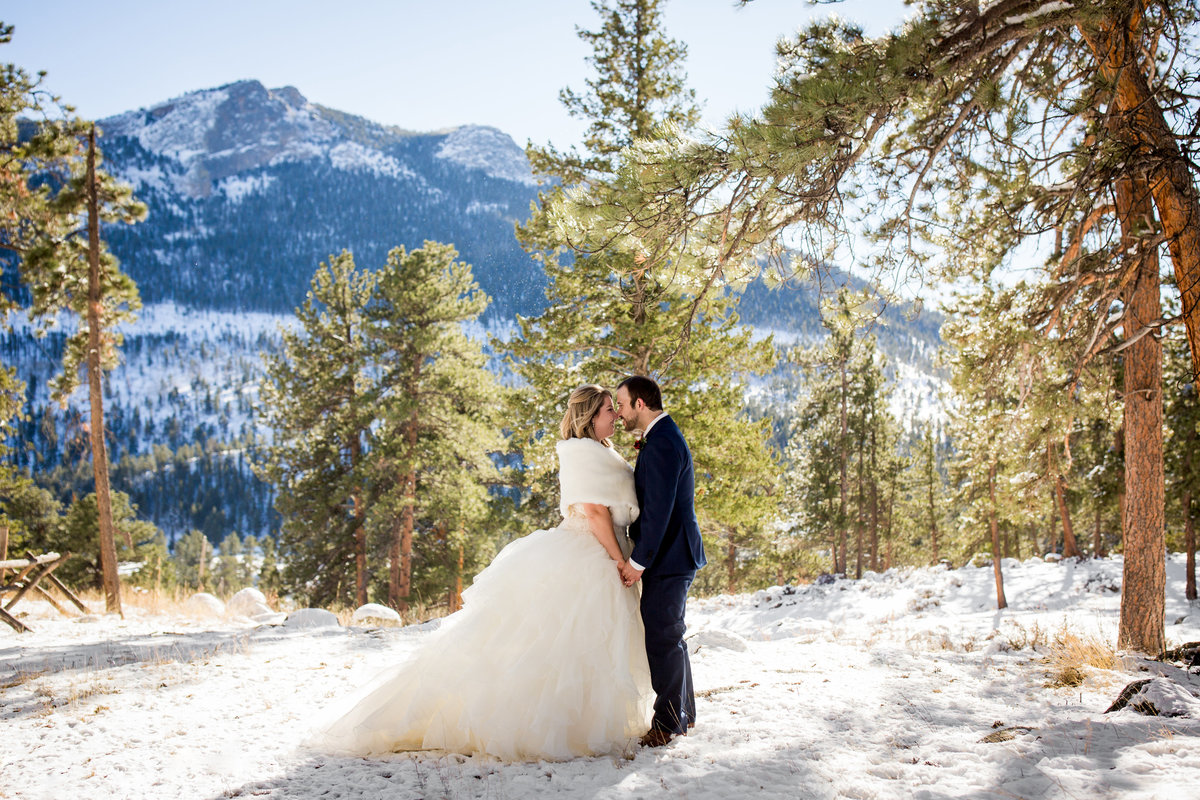 colorado-winter-wedding-photos
