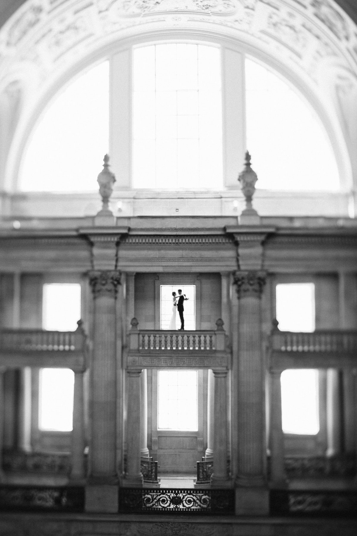 san_francisco_city_hall_wedding_024