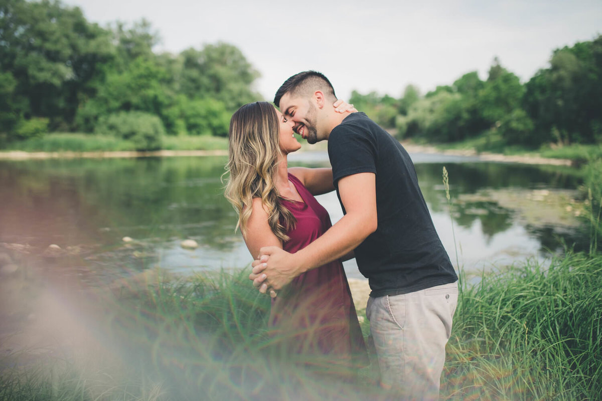 kitchener-grandriver-engagement-shoot
