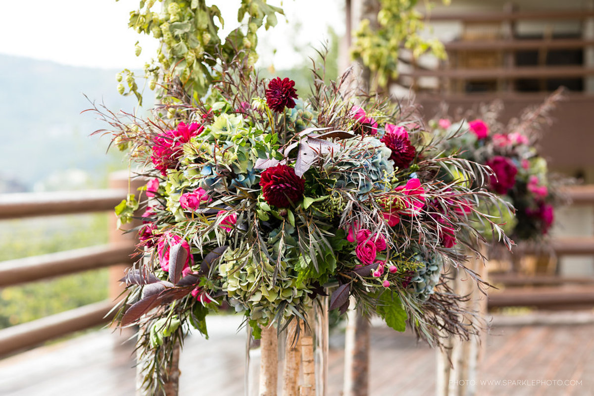 Utah Florist_Summer Weddings in Park City_Colorful Wedding_Luxe Mountain Weddings_Stein Eriksen Lodge Weddings_Artisan Bloom--46