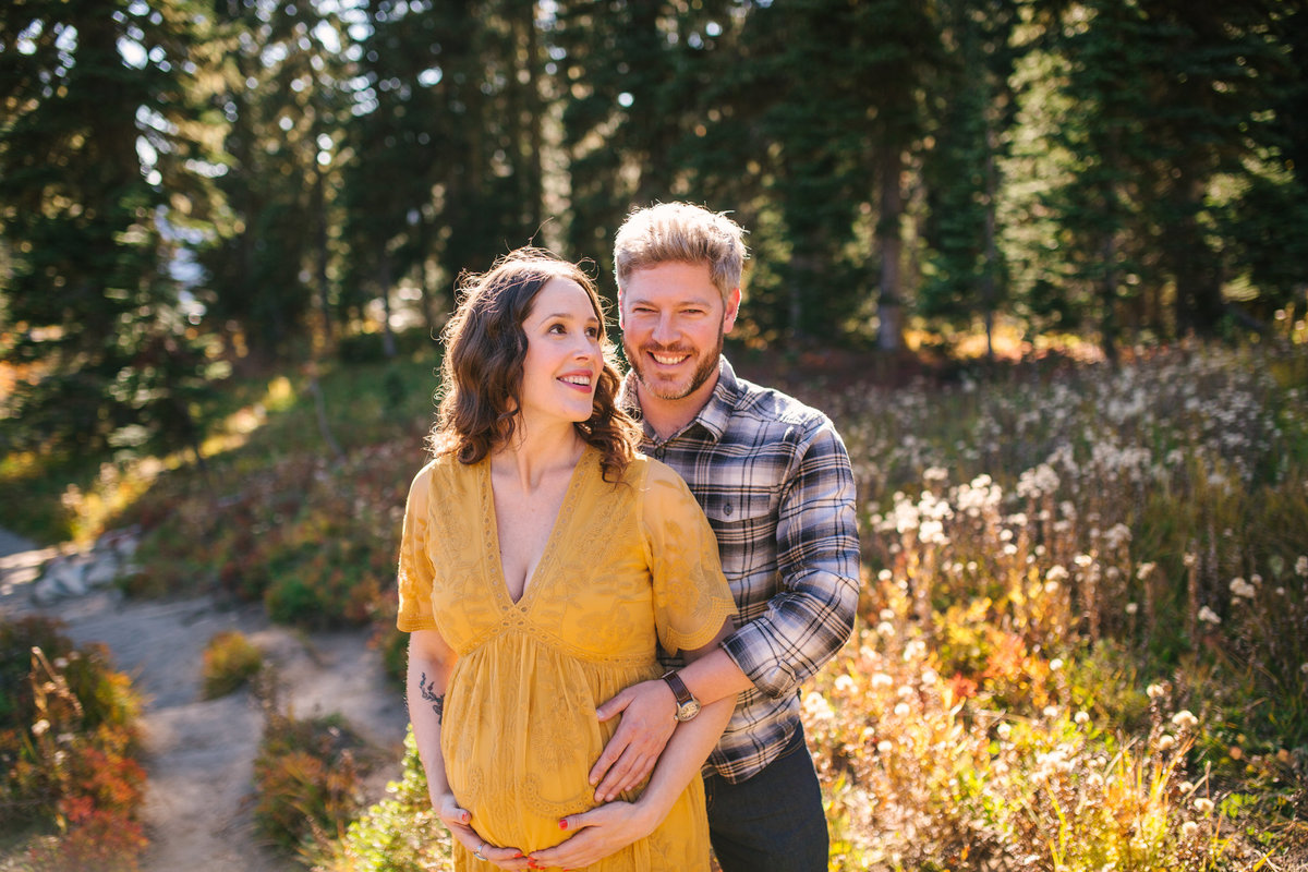 Mount-Rainier-National-Park-maternity-photos-001