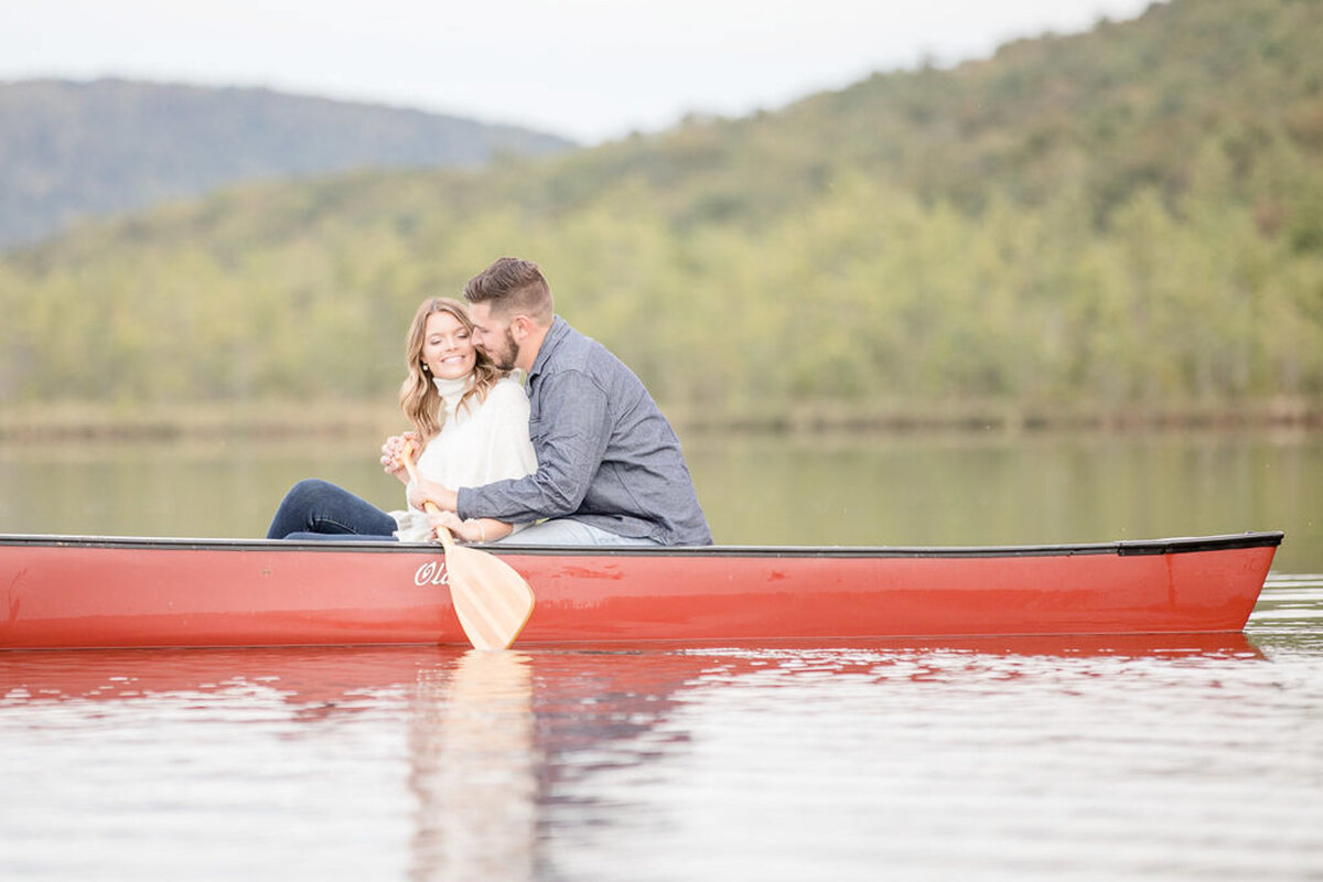 Rachel-Elise-Photography-Syracuse-New-York-Engagement-Shoot-Labrador-Hallow-30