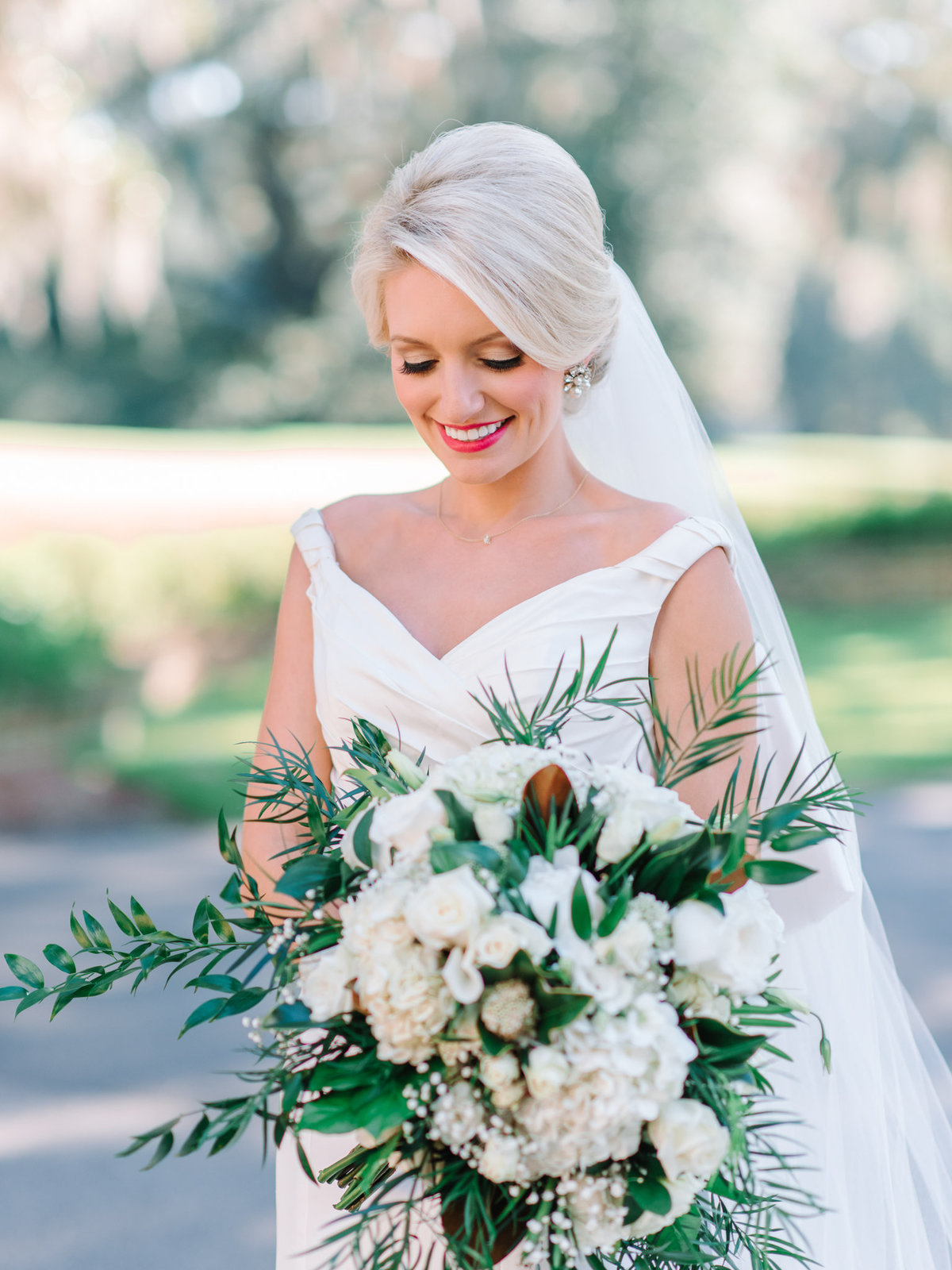 Caledonia Golf & Fish Club wedding outside of Charleston, SC by Pasha Belman Photographer