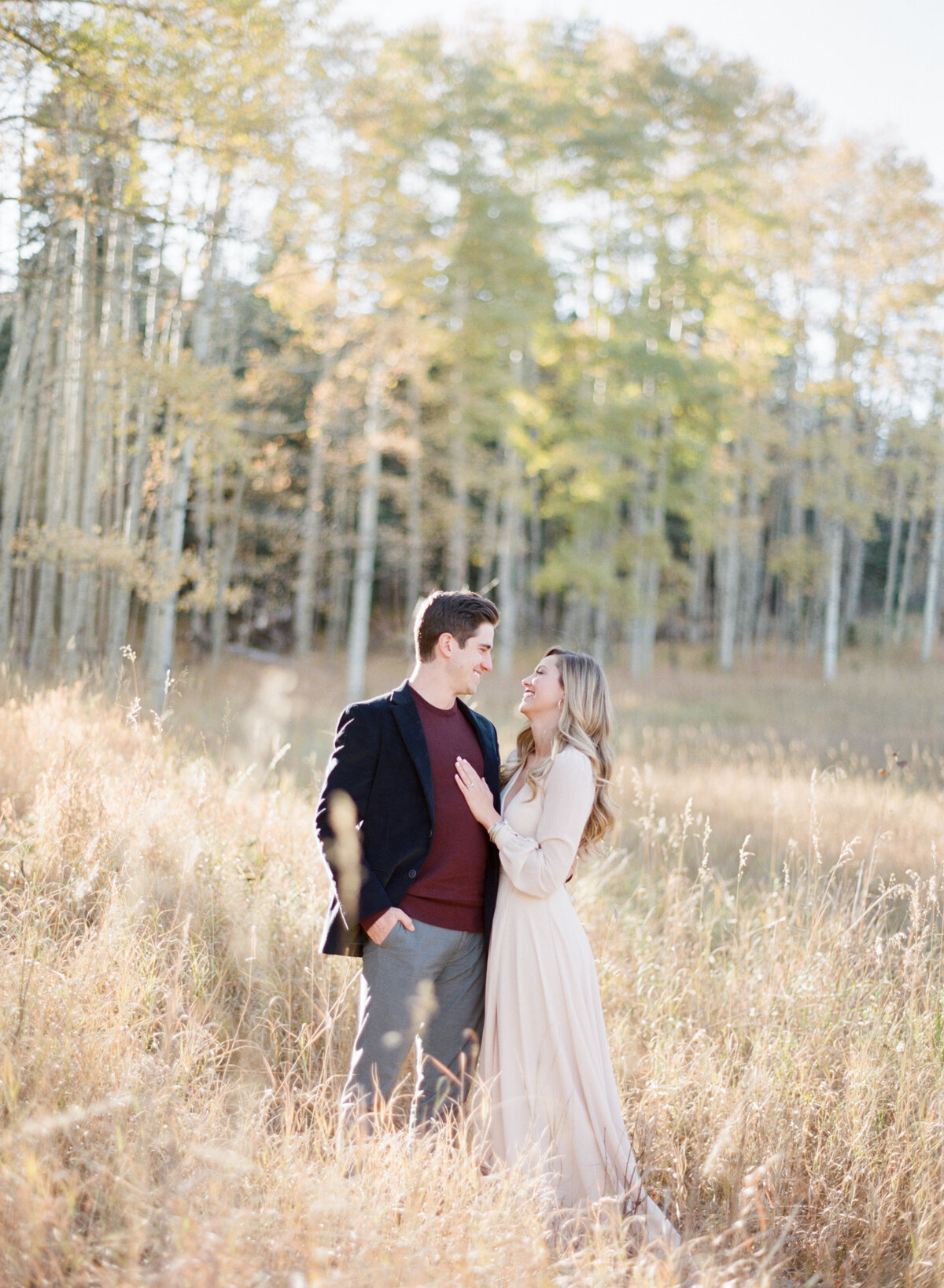Melissa Brielle Photography Colorado Fine Art Wedding Engagement Photographer Photograph Melissa Minkner Light Airy Luxury High End1