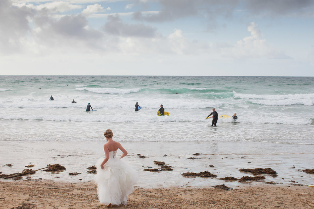 surfer wedding in cornwall
