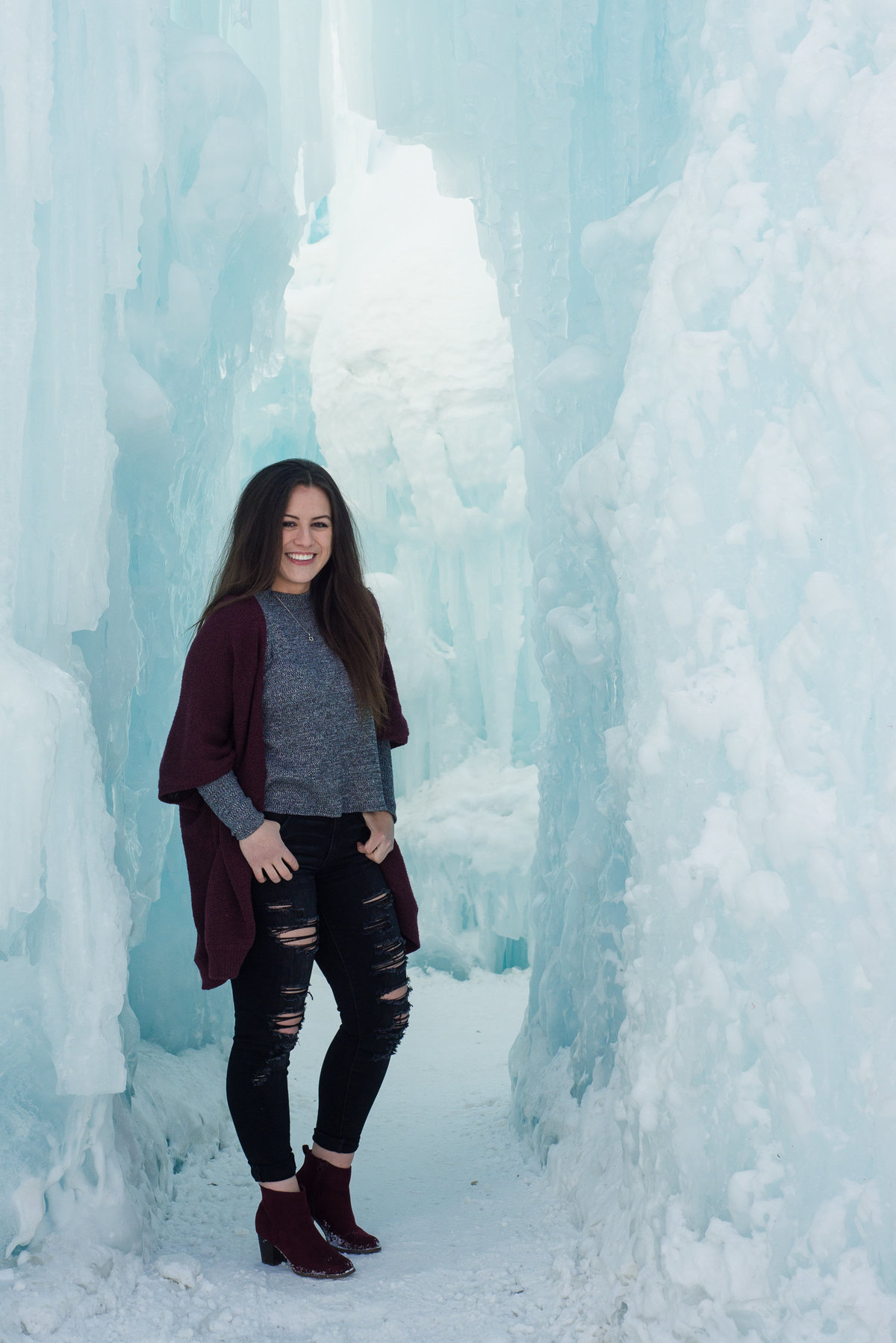 Edmonton-Sherwood-Park-Graduation-Lifestyle-Senior-Photographer_Ice-Castles-YEG-10