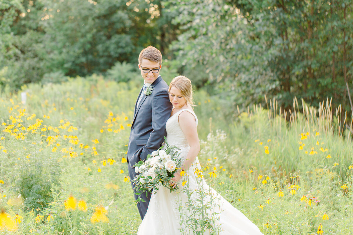 morgan-chris-wedding-wakefield-grande-grey-loft-studio-2020-168