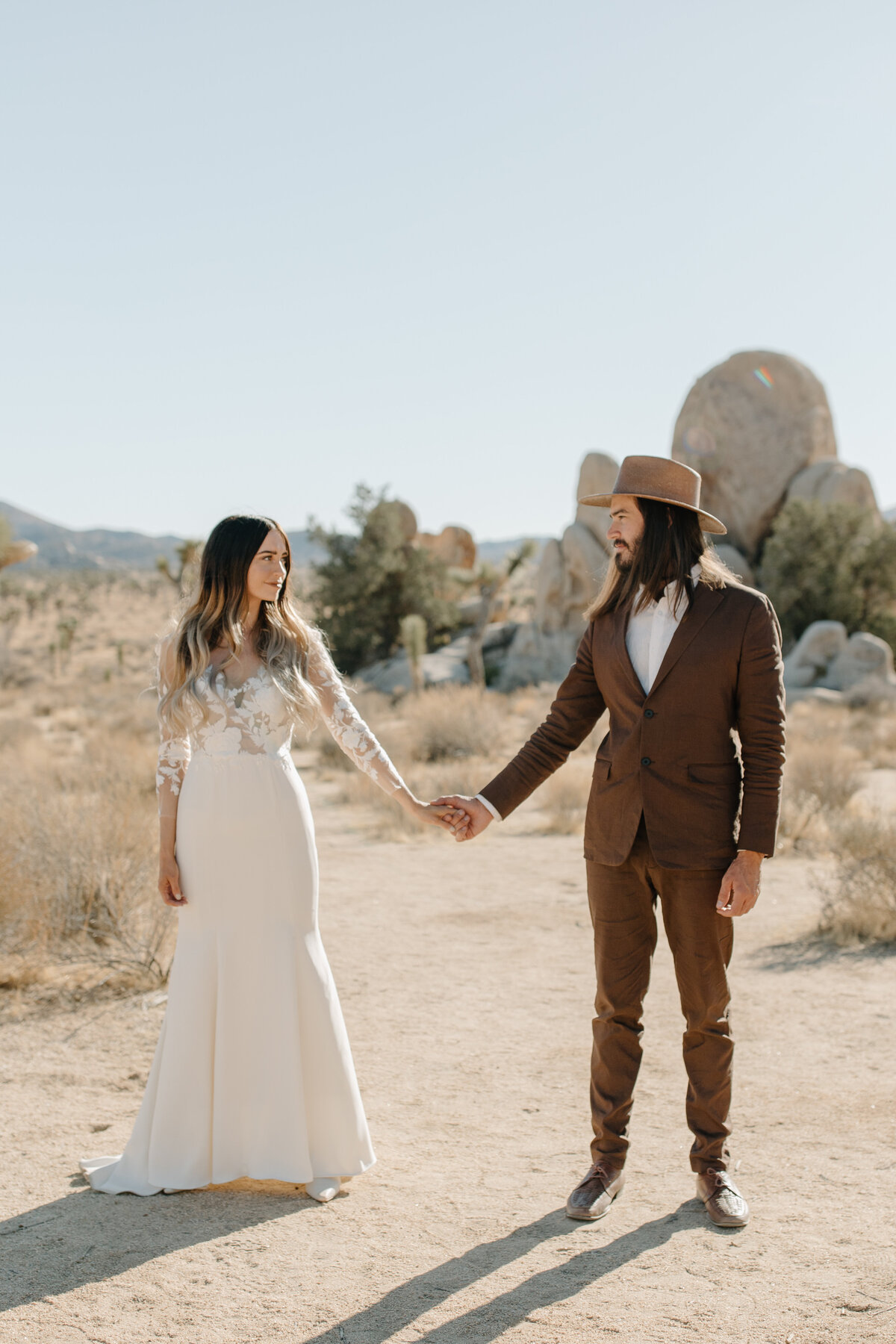 Kristy & Mitchell - Le Haute Desert Aerie Elopement - Tess Laureen Photography @tesslaureen - 49