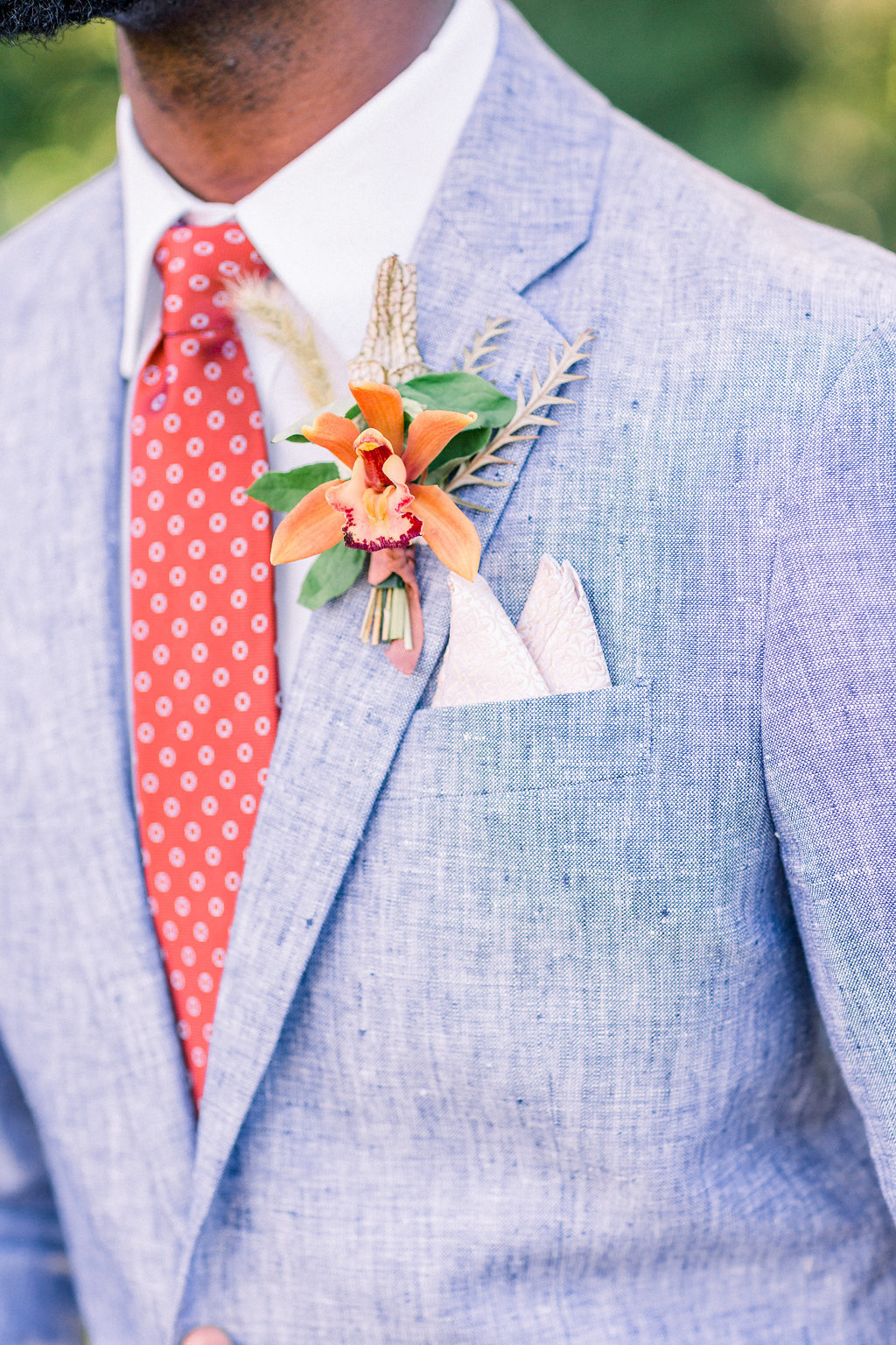 Summer Wedding Tyler Gardens Philadelphia groom florist