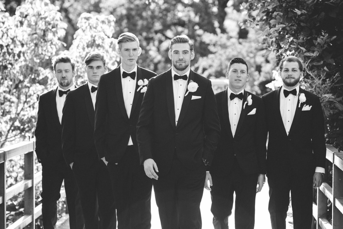 sacramento wedding photos of groomsmen in black and white
