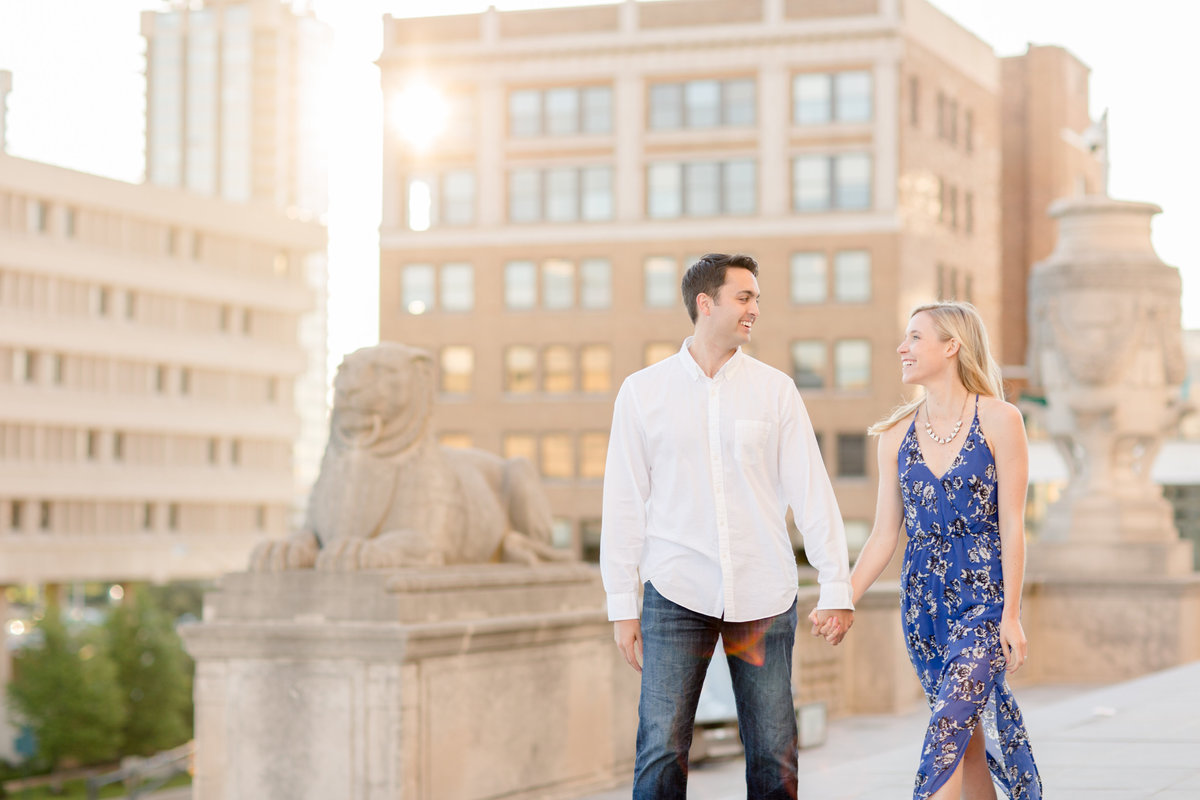 Indianapolis War Memorial Downtown Engagement Session Sunrise Sami Renee Photography-24
