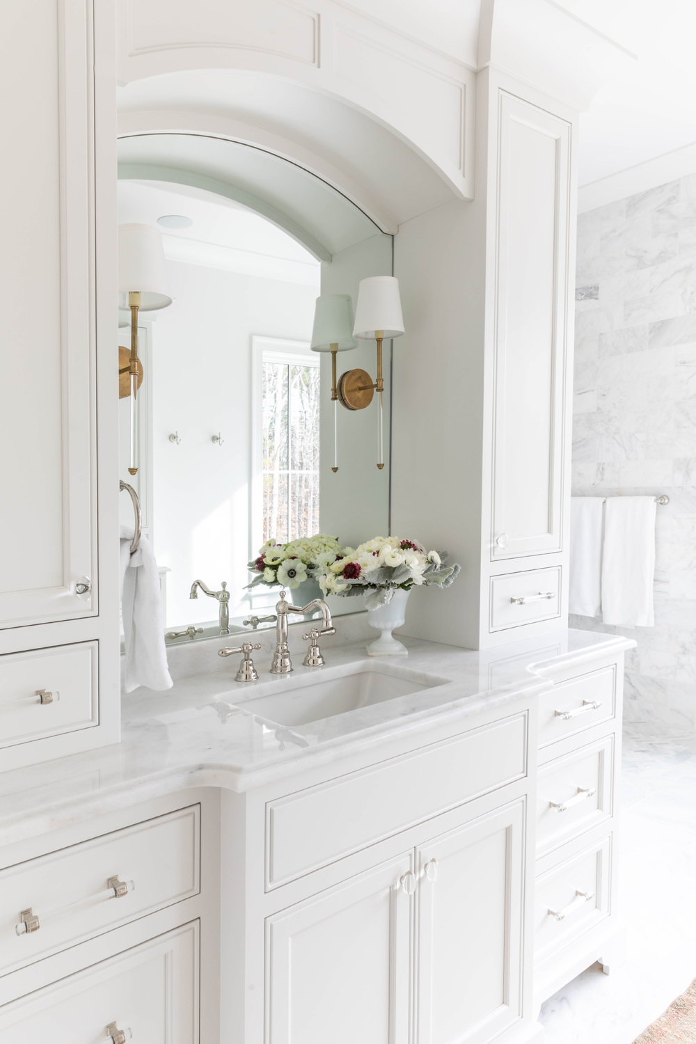 White-Carrara-Marble-Master-Bathroom-with-Soaking-Tub-6
