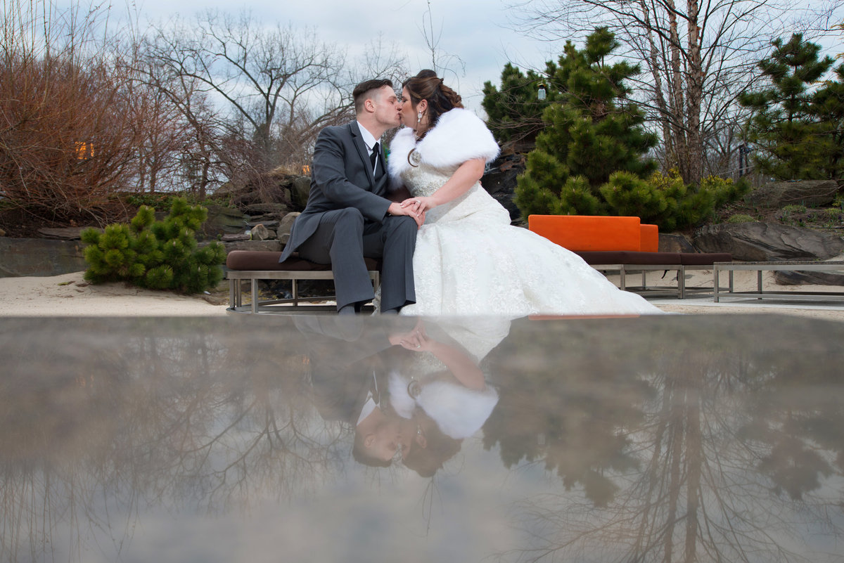 Winter wedding at Crest Hollow Country Club
