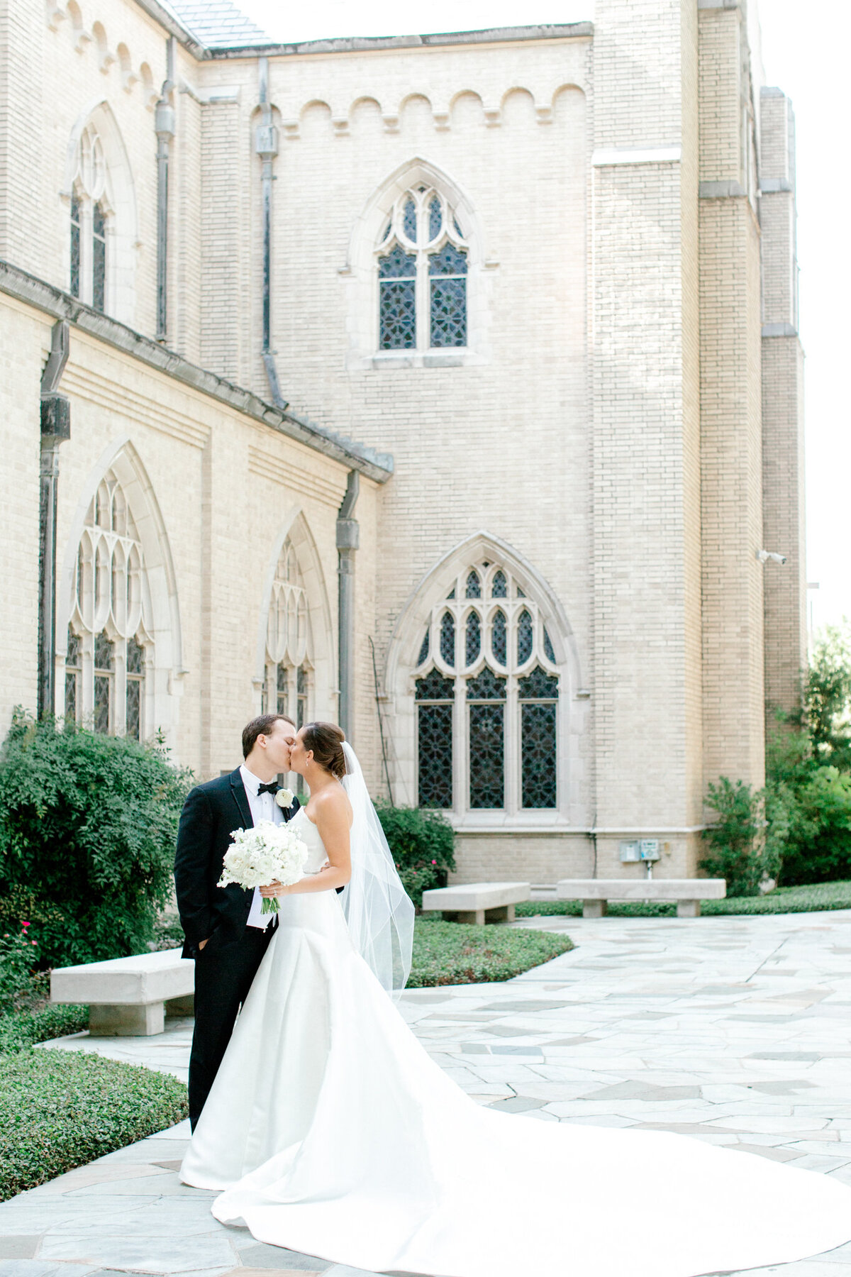 Wedding at the Crescent Court Hotel and Highland Park United Methodist Church in Dallas | Sami Kathryn Photography | DFW Wedding Photographer-19