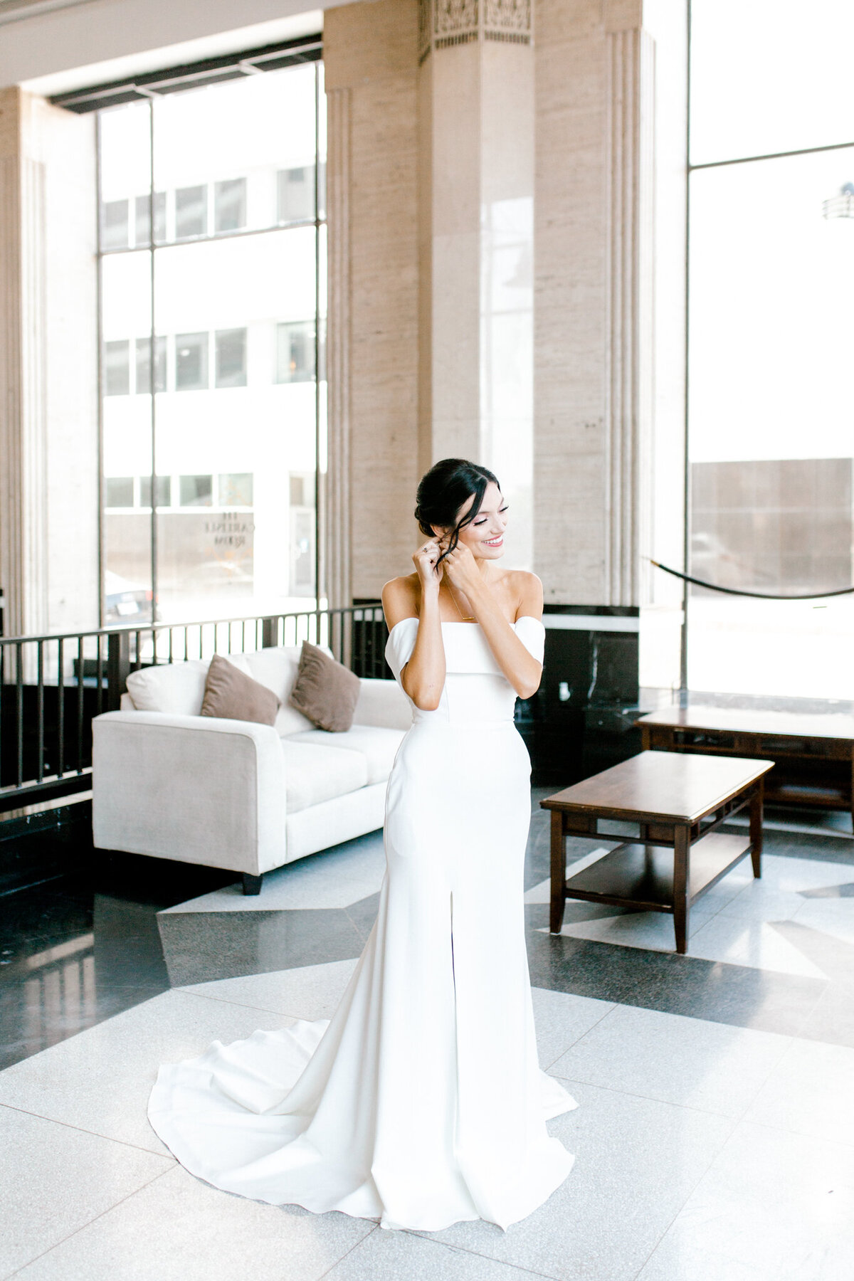 Hope & Zack's Wedding at the Carlisle Room | Dallas Wedding Photographer | Sami Kathryn Photography-18