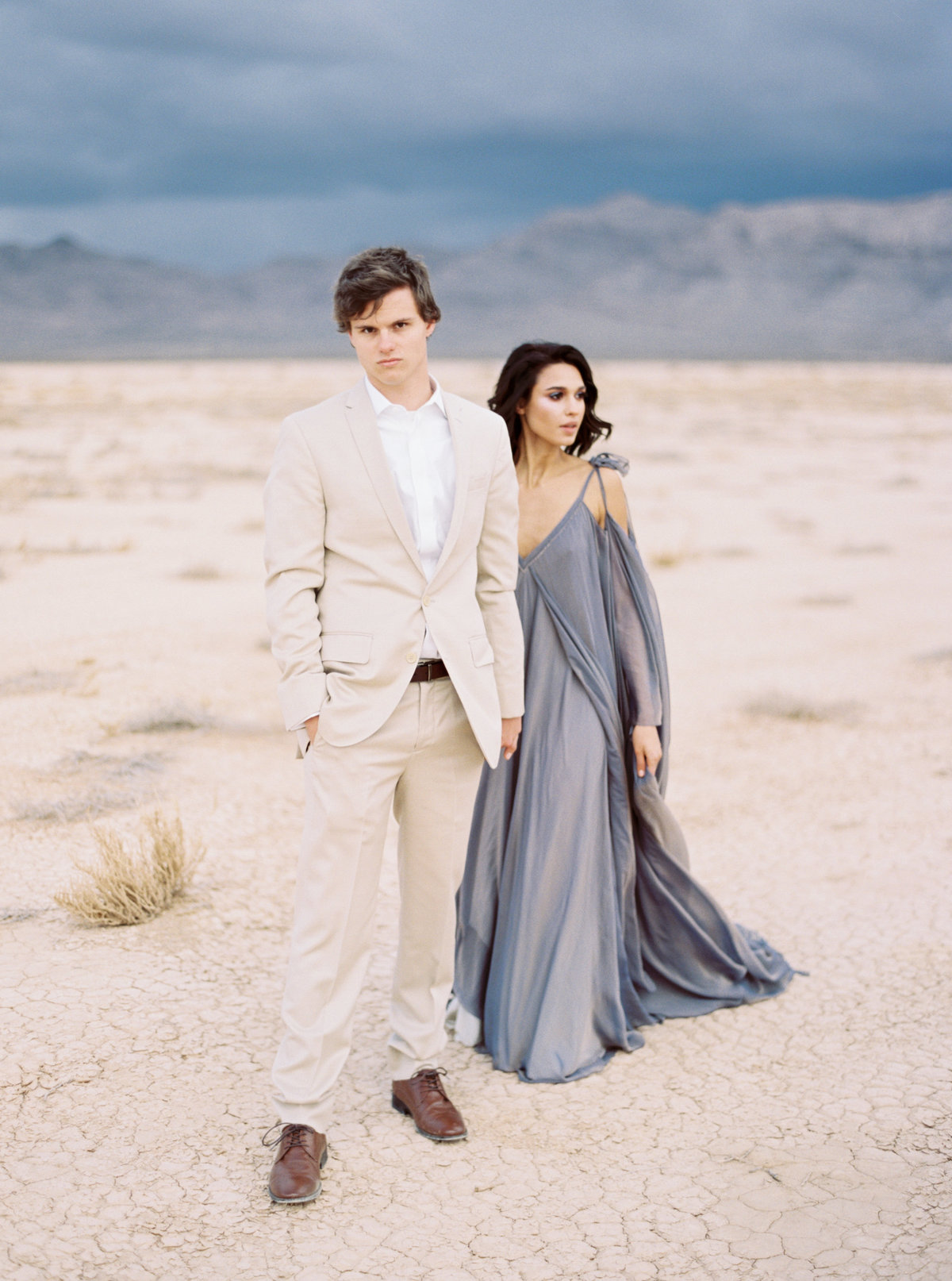 philip-casey-photography-desert-oasis-editorial-session-12