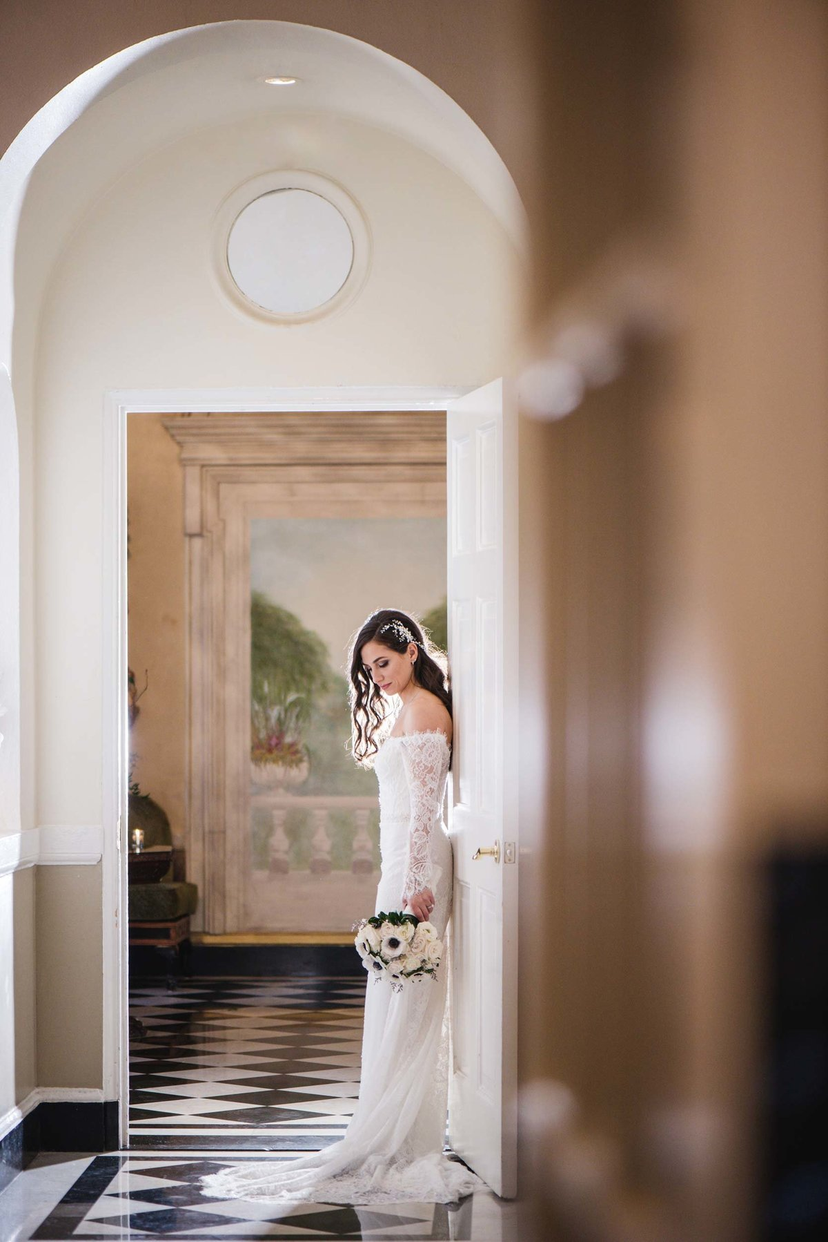 Bride photo at The Mansion at Oyster Bay