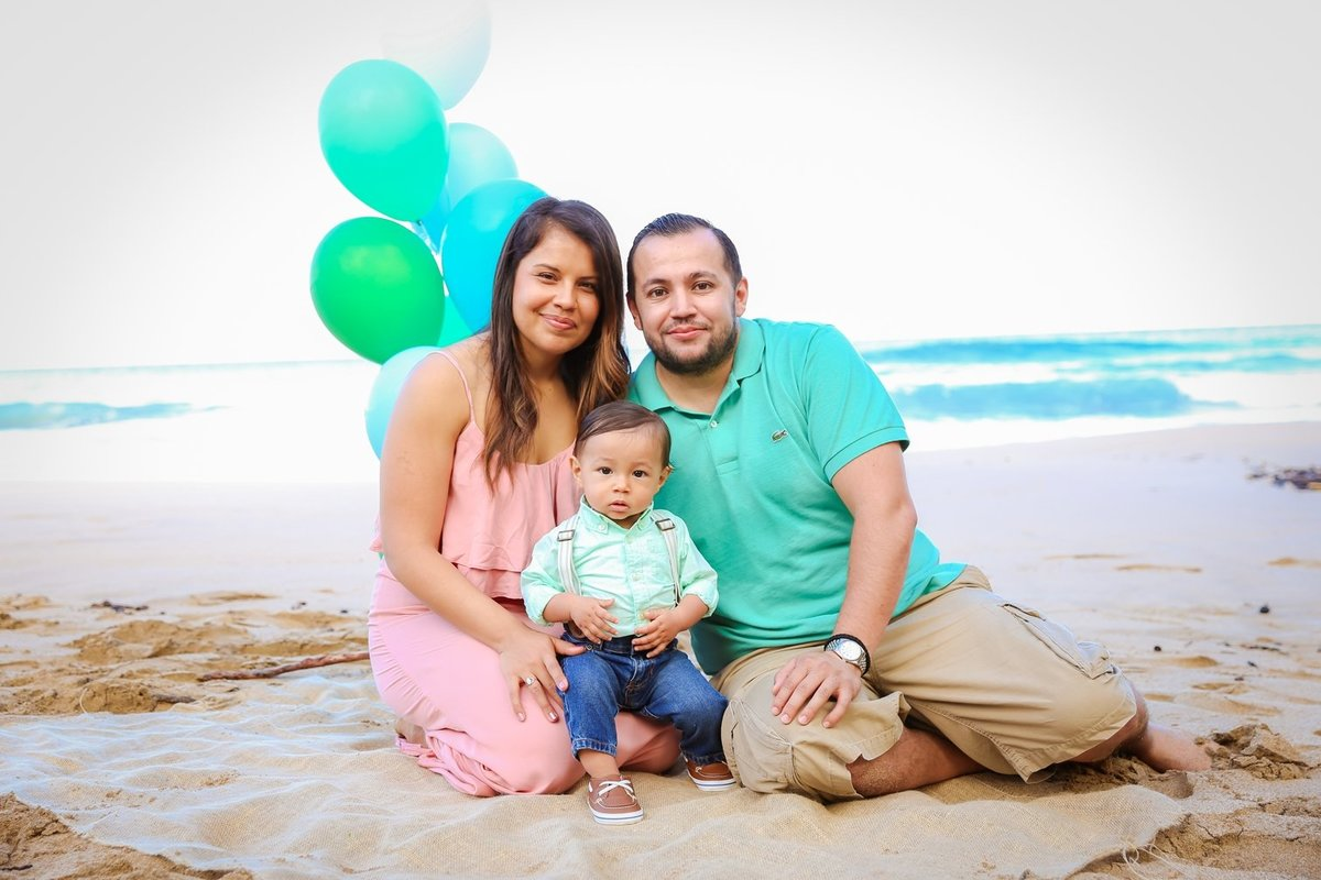 Maui Family Photography at DT Flemming Beach Park in the morning