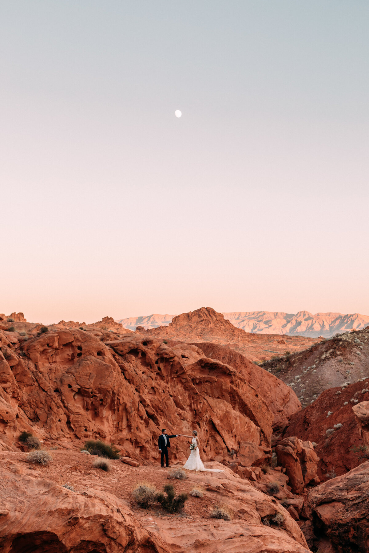 Heather+Ivan|AshlynSavannahPhoto|ValleyofFireElopement-143