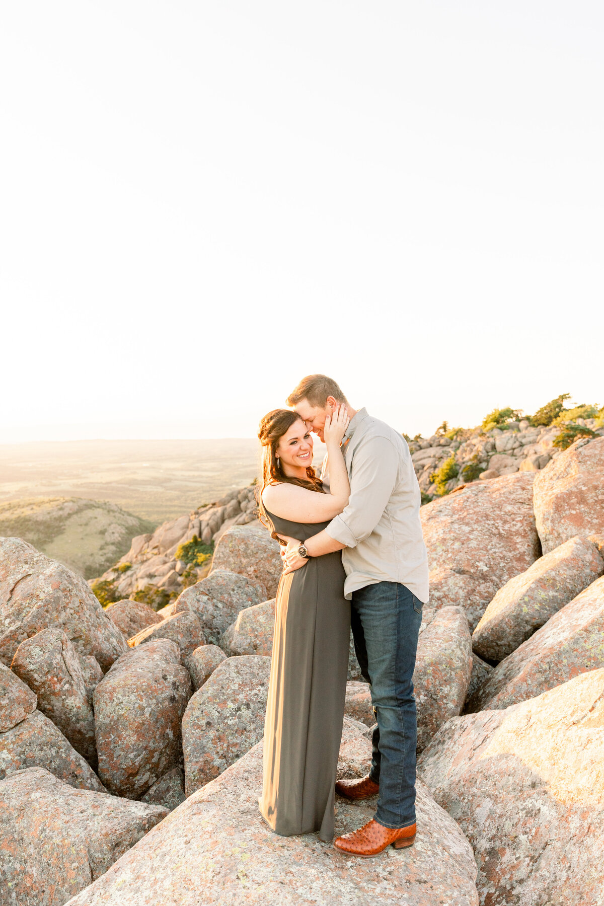 Engagement-Session-Mount-Scott-3