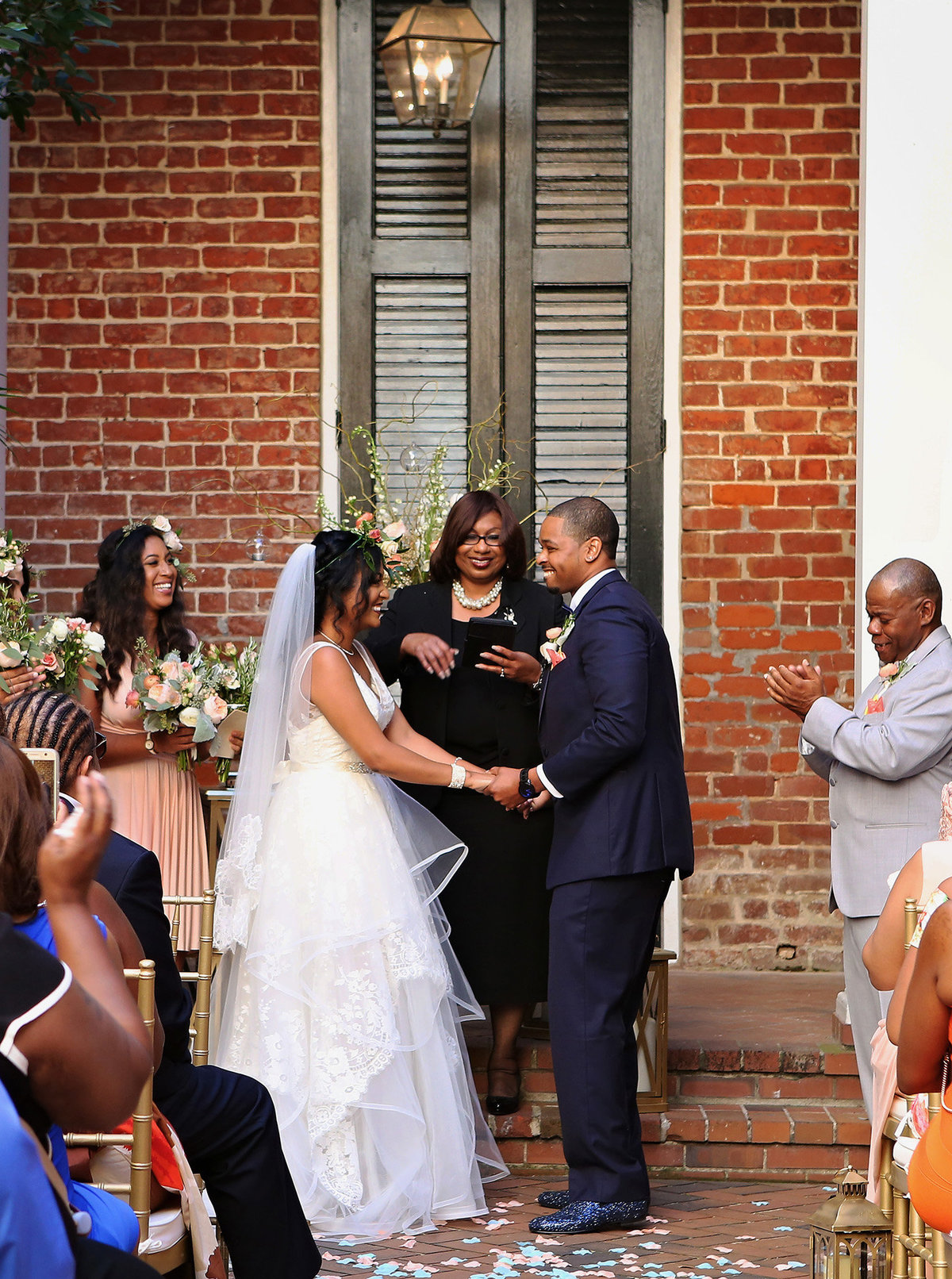 Chateau-LeMoyne-Hotel-courtyard-wedding-by-Becky-Cooper-Photography