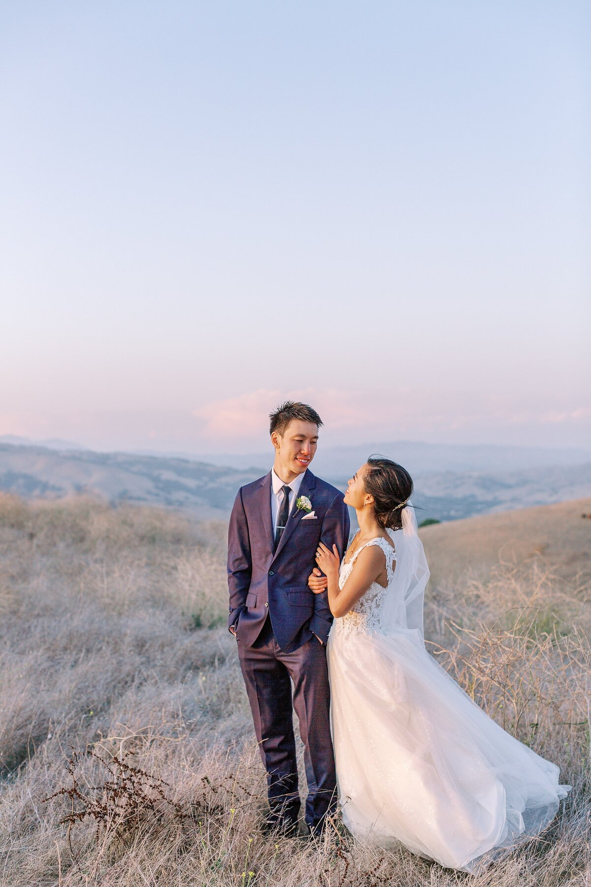 20190928Cammane and Simon's Vineyard Wedding_Nella Terra Cellars_Sunol_Bethany Picone Photography - 329_WEB