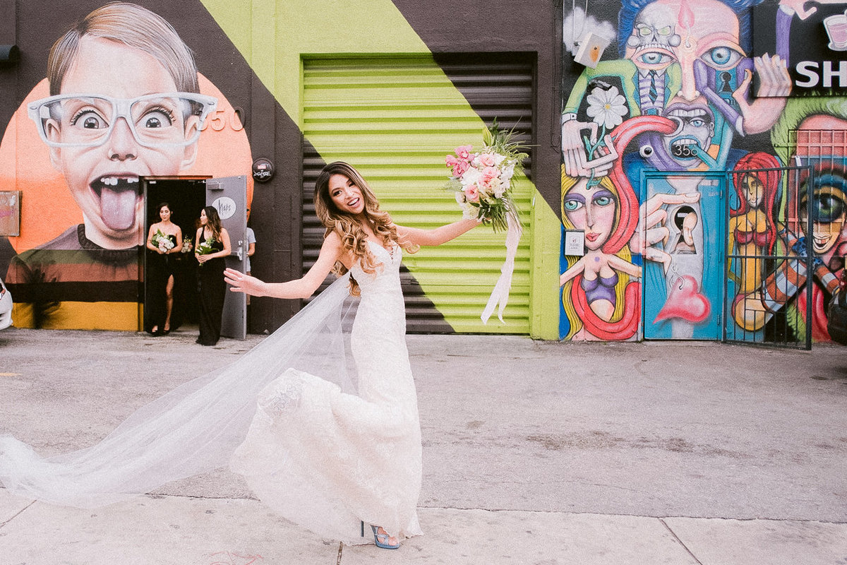 maps-backlot-wynwood-wedding-photographer 32
