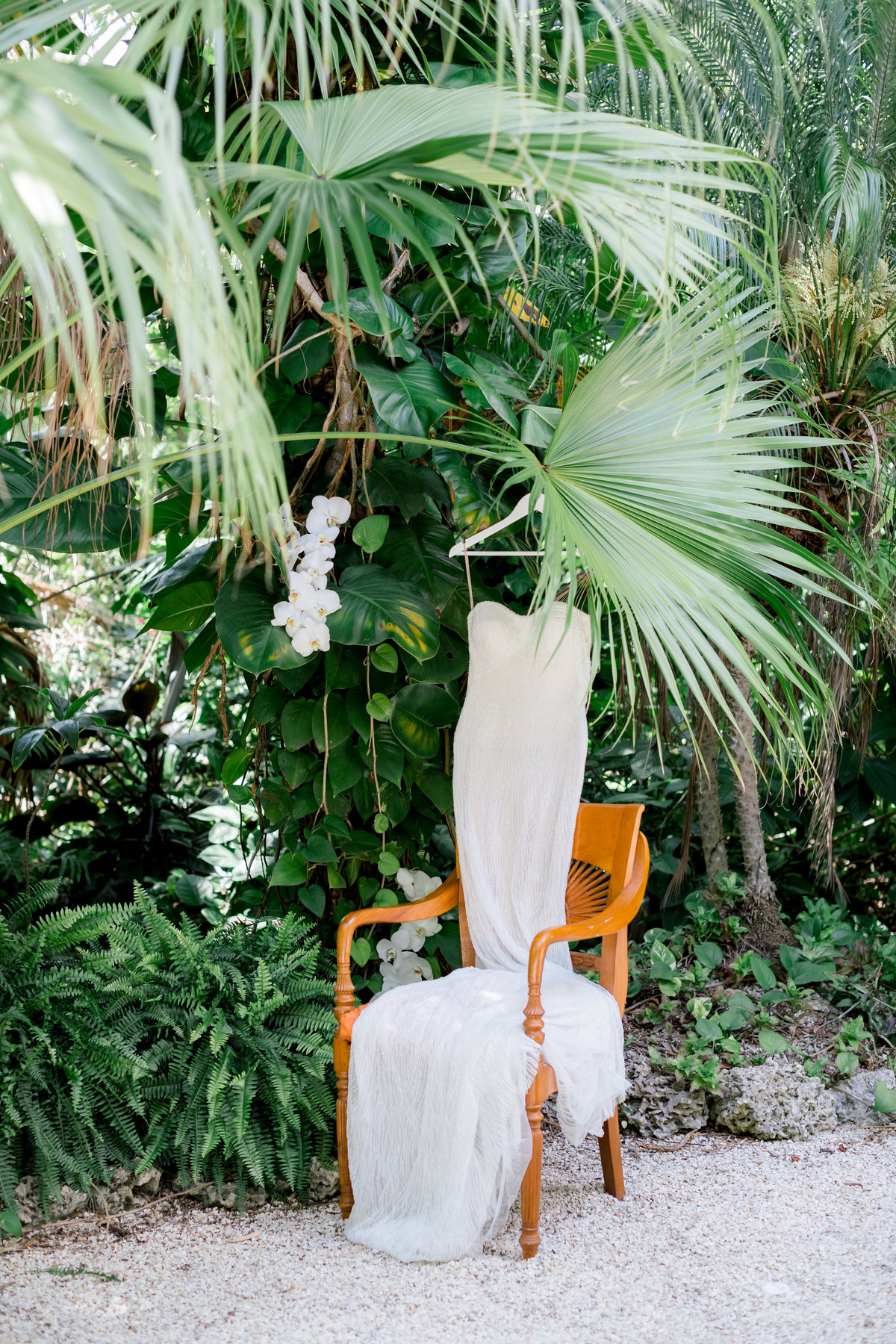 Tropical Florida Garden Wedding Photography by Erica Melissa