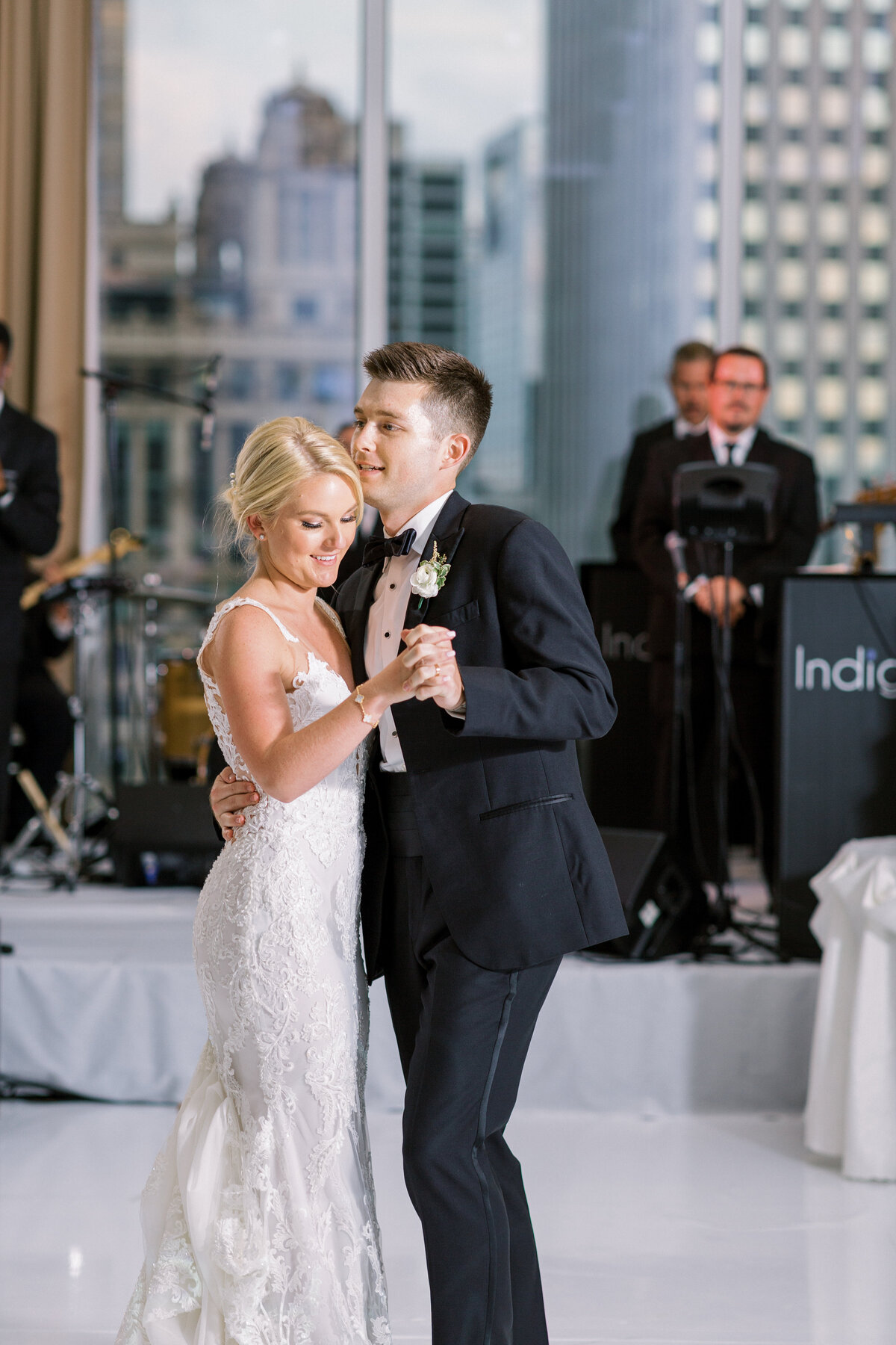 Downtown Chicago Wedding Photographer_Shauna and Jordon Photography032